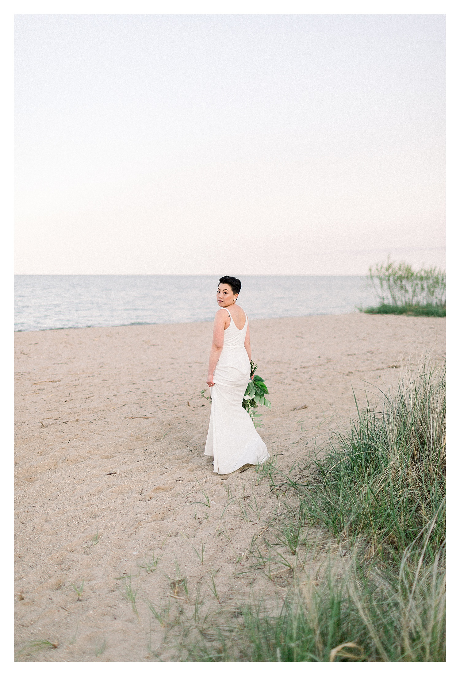 Wisconsin_Wedding_Photographers_Elle_x_Troy_Photography_Kewaunee_Beach_Anniversary_Wedding_Styled_Shoot_Christine_&_Drew-17.jpg