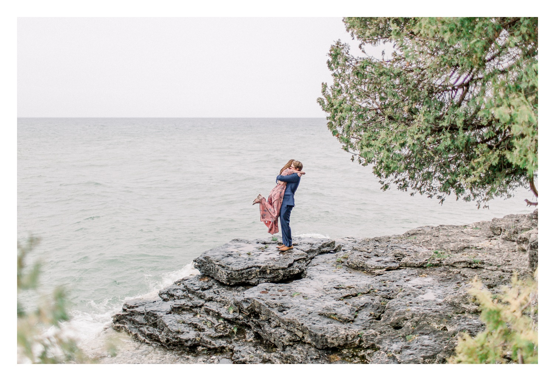 Wisconsin-Wedding-Photographers-Elle-x-Troy-Photography-Door-County-Engagement-Amanda-&-Ansel_0016.jpg