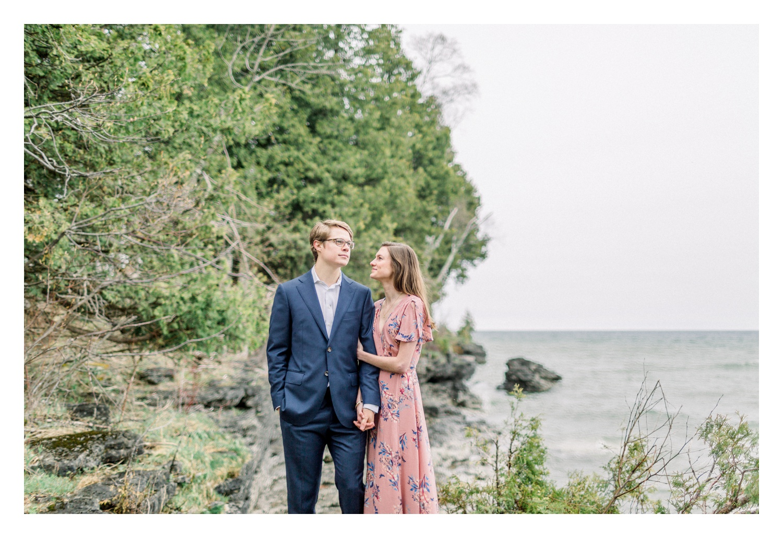 Wisconsin-Wedding-Photographers-Elle-x-Troy-Photography-Door-County-Engagement-Amanda-&-Ansel_0018.jpg