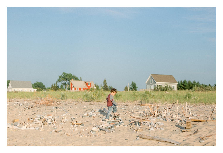 Wisconsin-Motherhood-Family-Photographers-Elle-x-Troy-Photography-Door-County-The-Farm-The-Helgesons_0074.jpg
