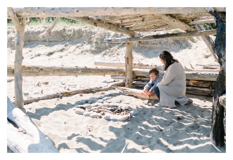 Wisconsin-Motherhood-Family-Photographers-Elle-x-Troy-Photography-Door-County-The-Farm-The-Helgesons_0124.jpg