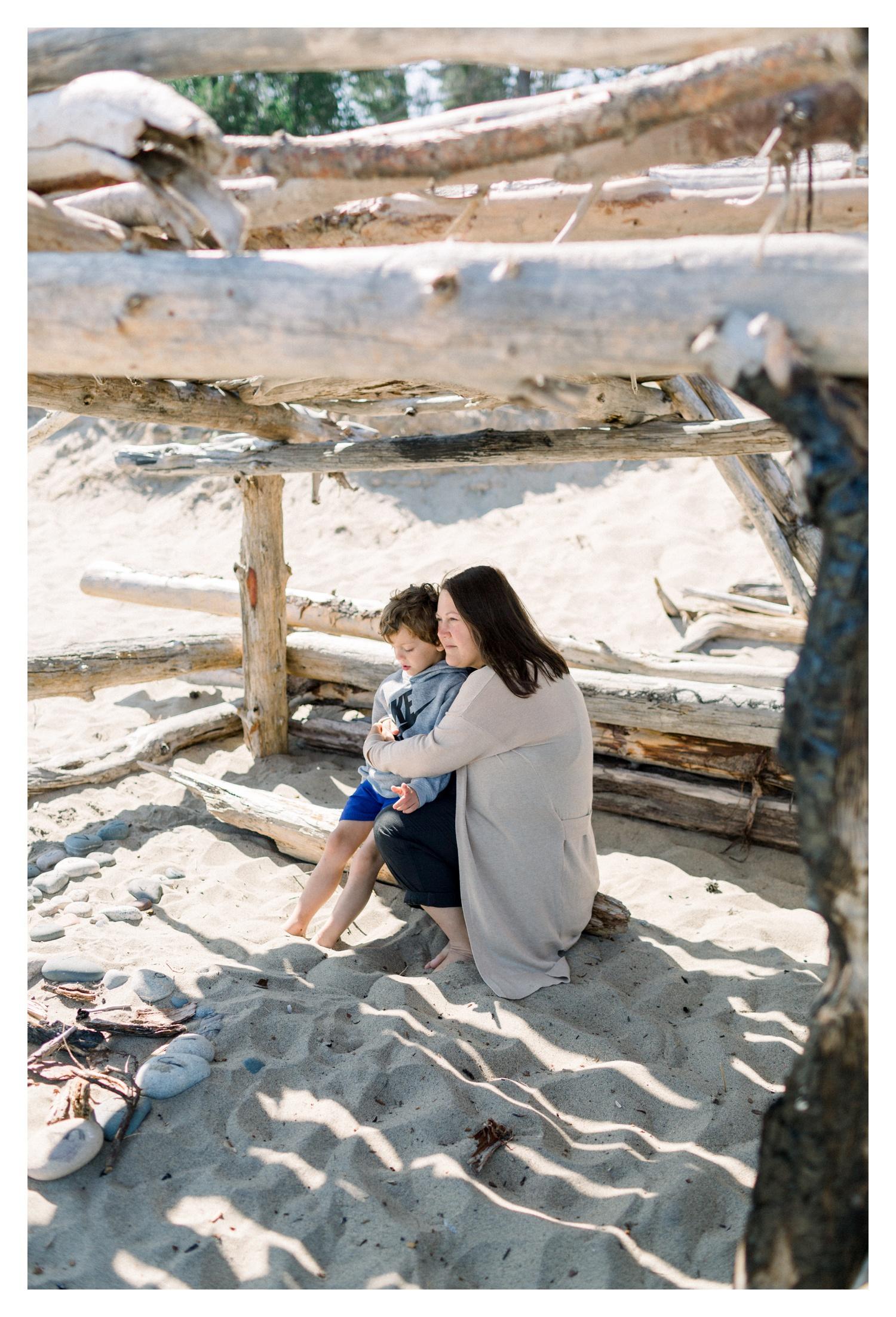 Wisconsin-Motherhood-Family-Photographers-Elle-x-Troy-Photography-Door-County-The-Farm-The-Helgesons_0130.jpg