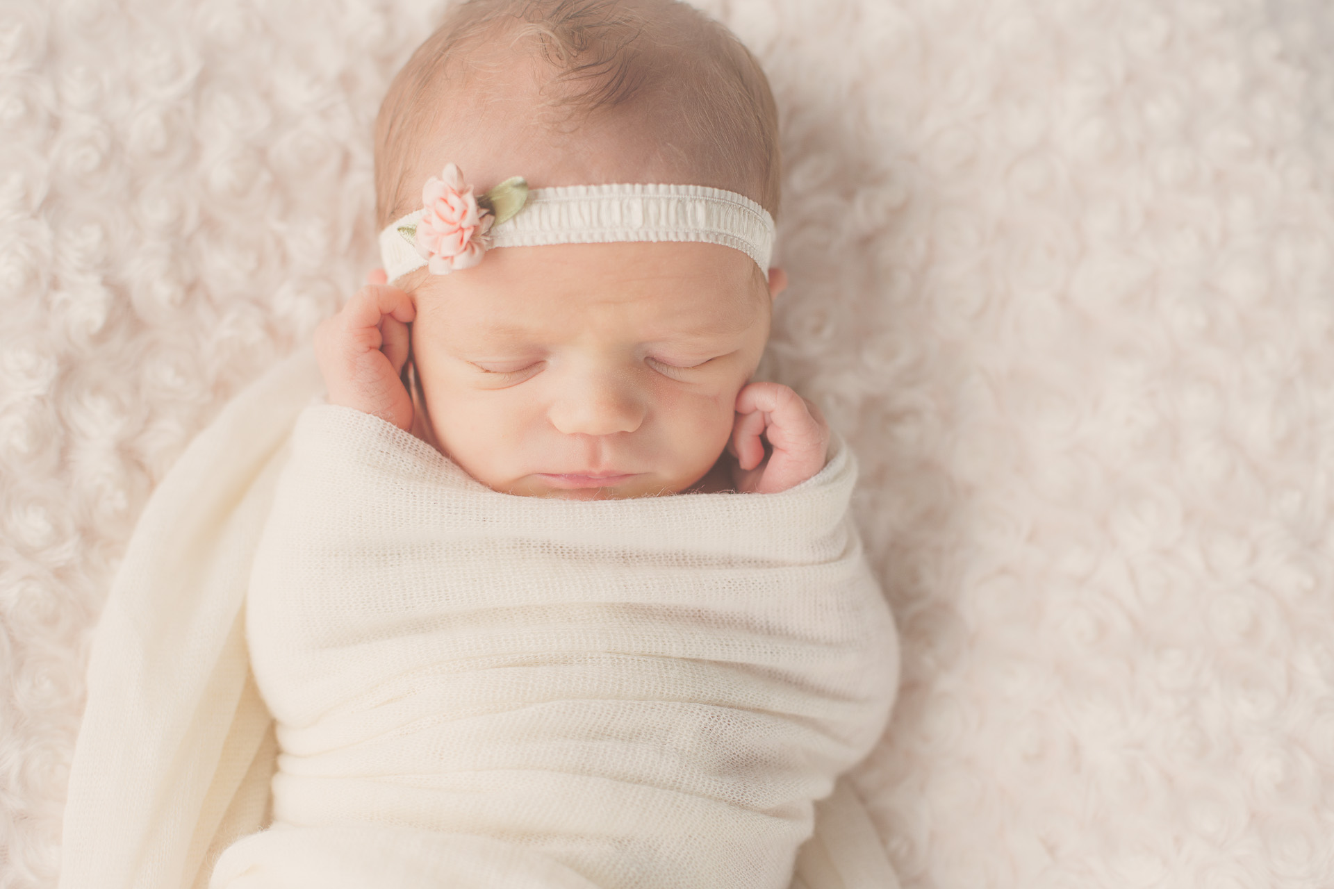 newborn-photography-urbandale-1.jpg