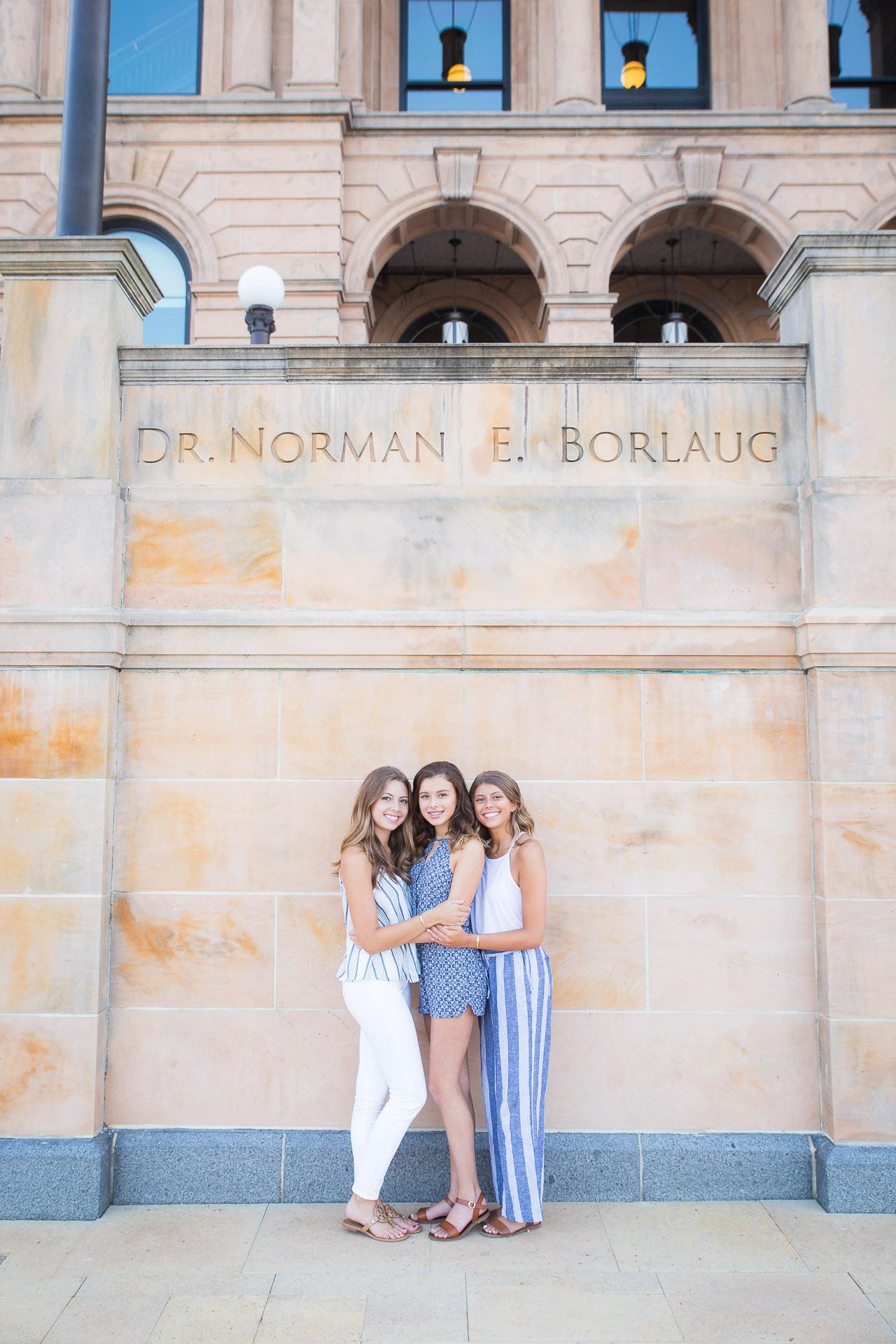 Family-Photographer-Des-Moines-3.jpg