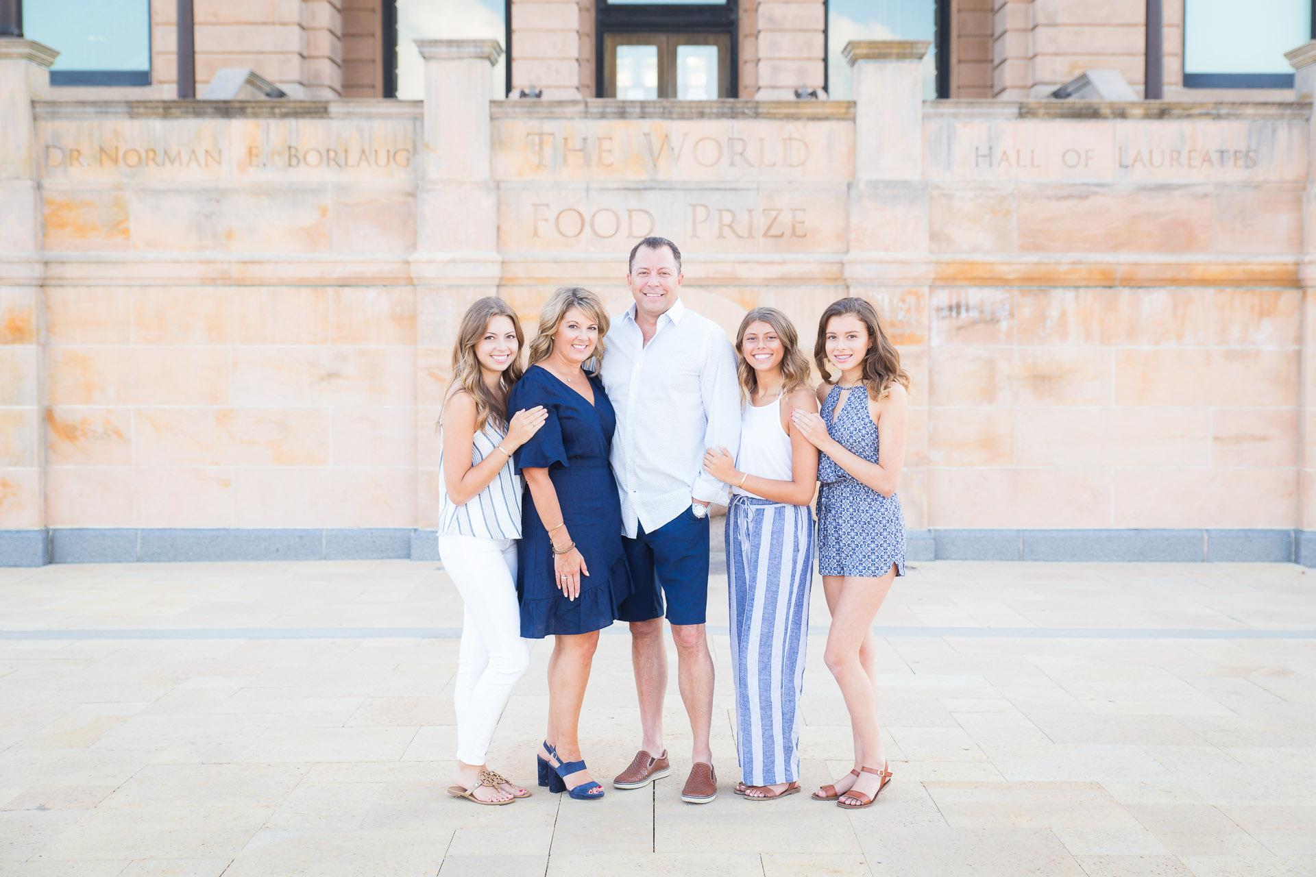 Family-Photographer-Des-Moines-10.jpg