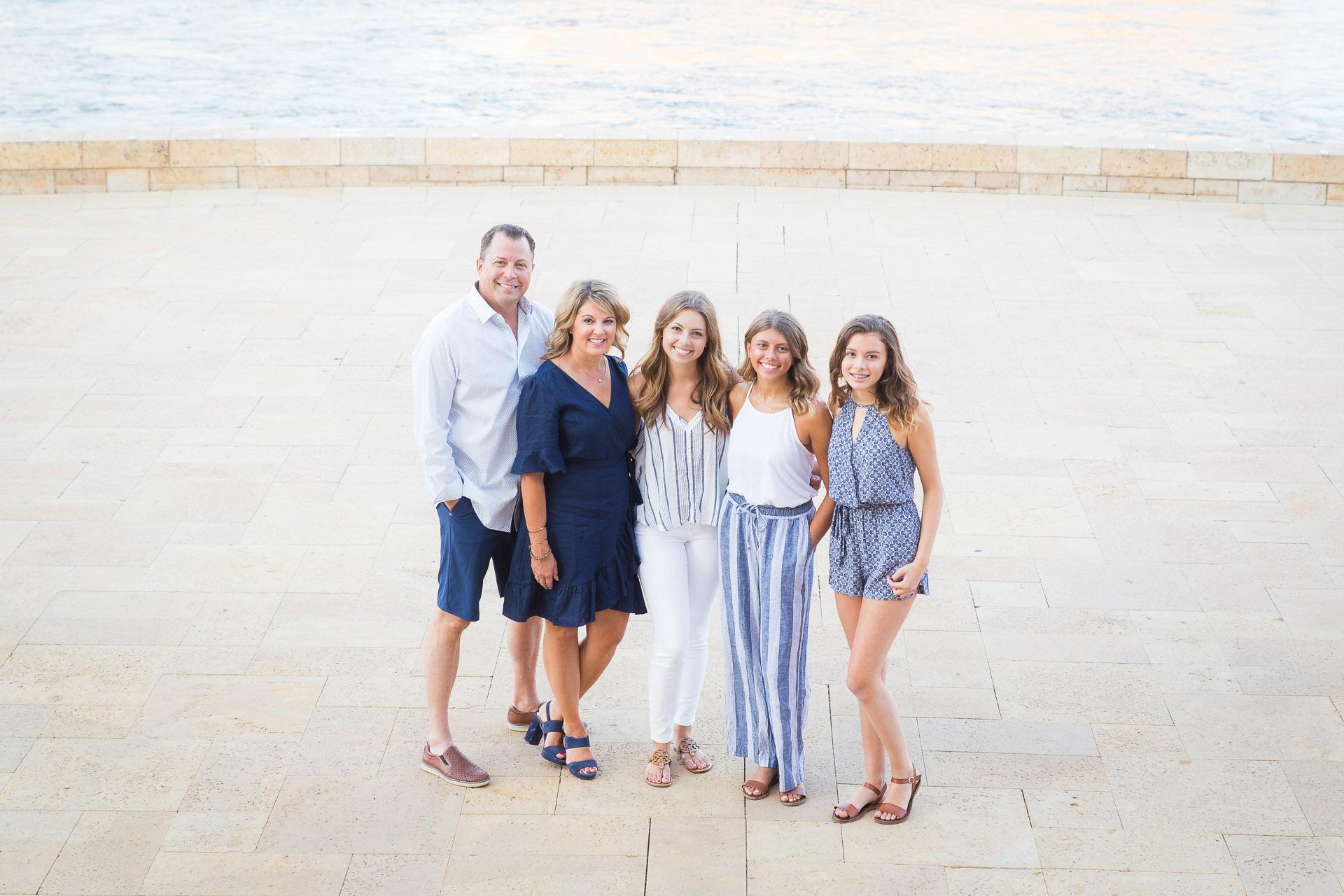 Family-Photographer-Des-Moines-19.jpg