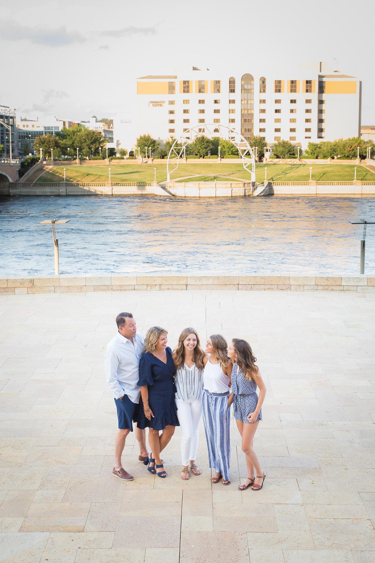 Family-Photographer-Des-Moines-20.jpg