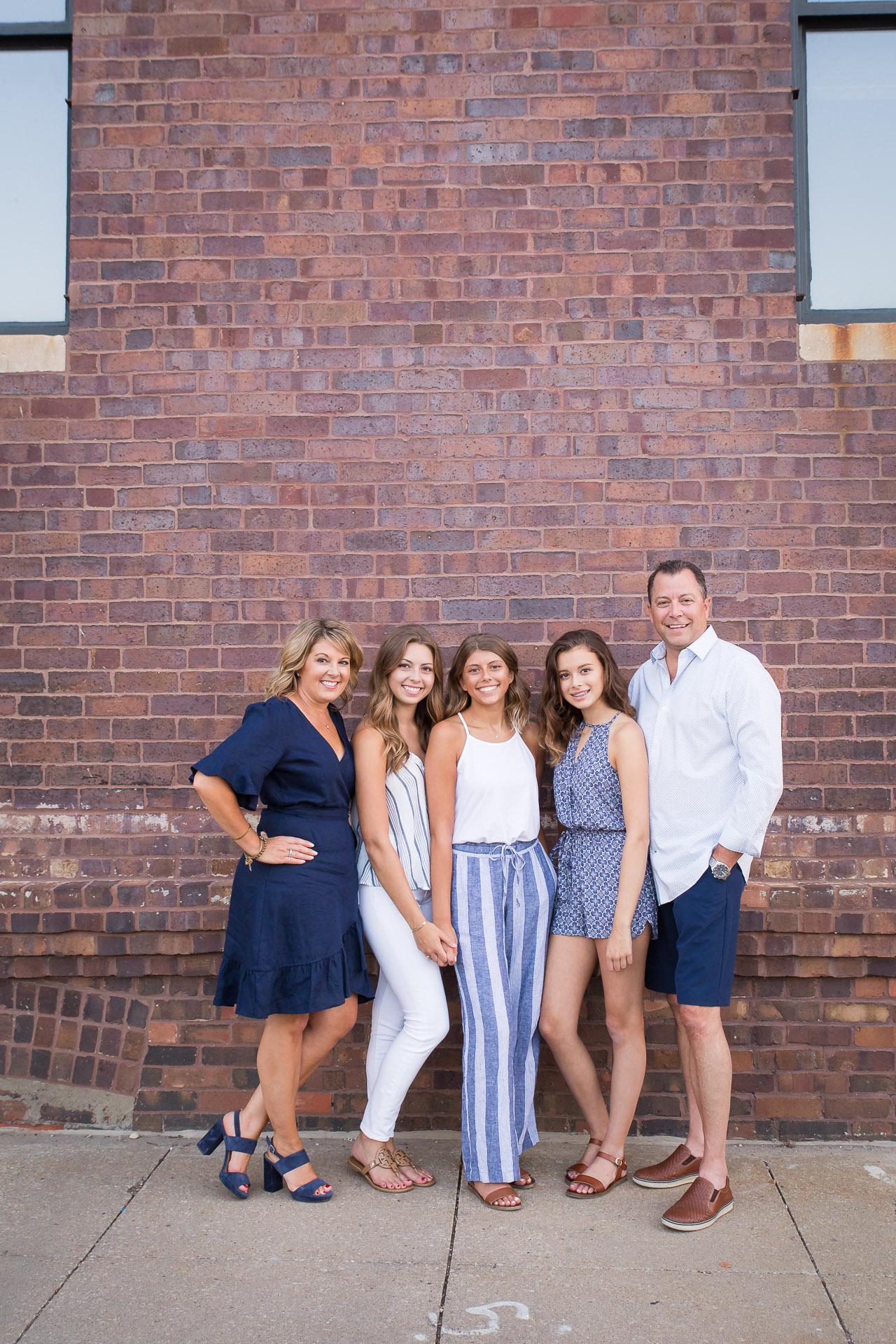 Family-Photographer-Des-Moines-32.jpg