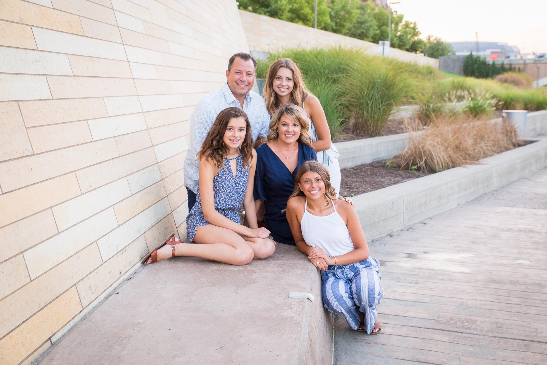 Family-Photographer-Des-Moines-34.jpg