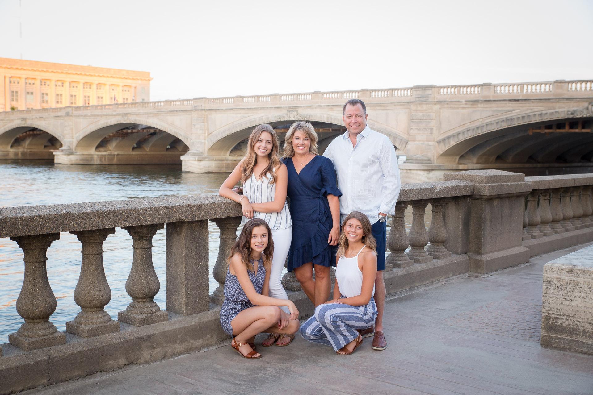 Family-Photographer-Des-Moines-33.jpg