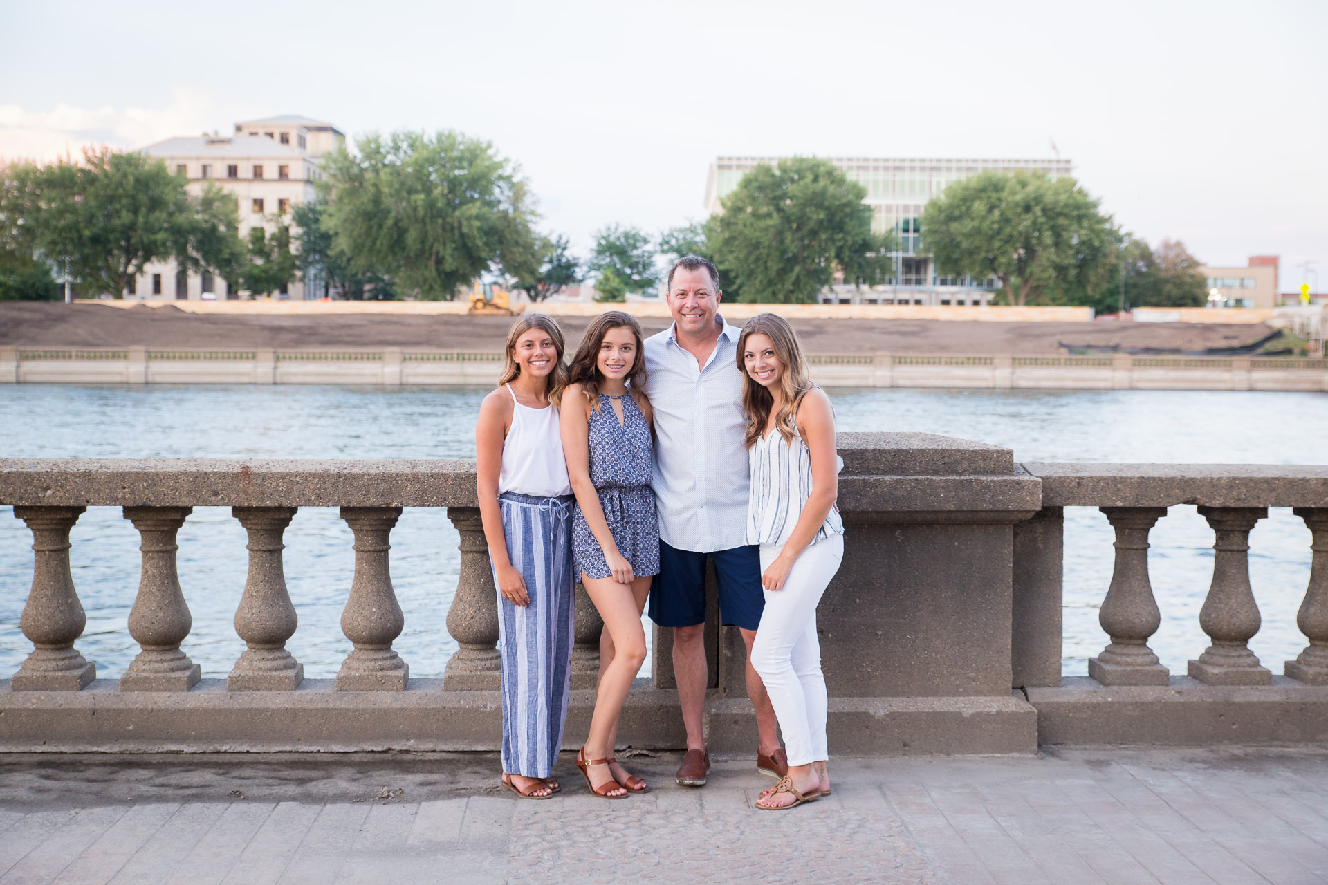 Family-Photographer-Des-Moines-36.jpg