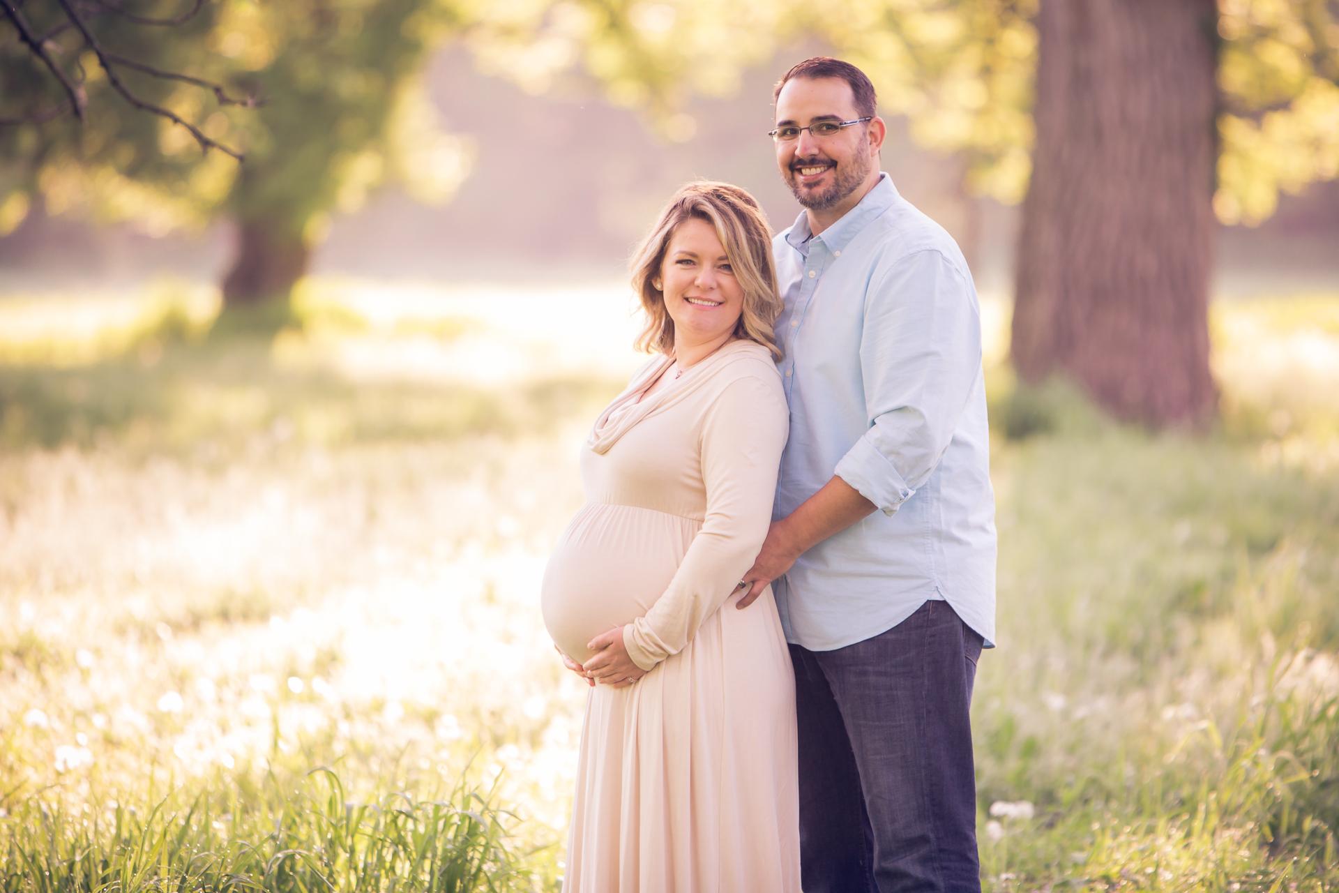 maternity-photographers-urbandale-24.jpg