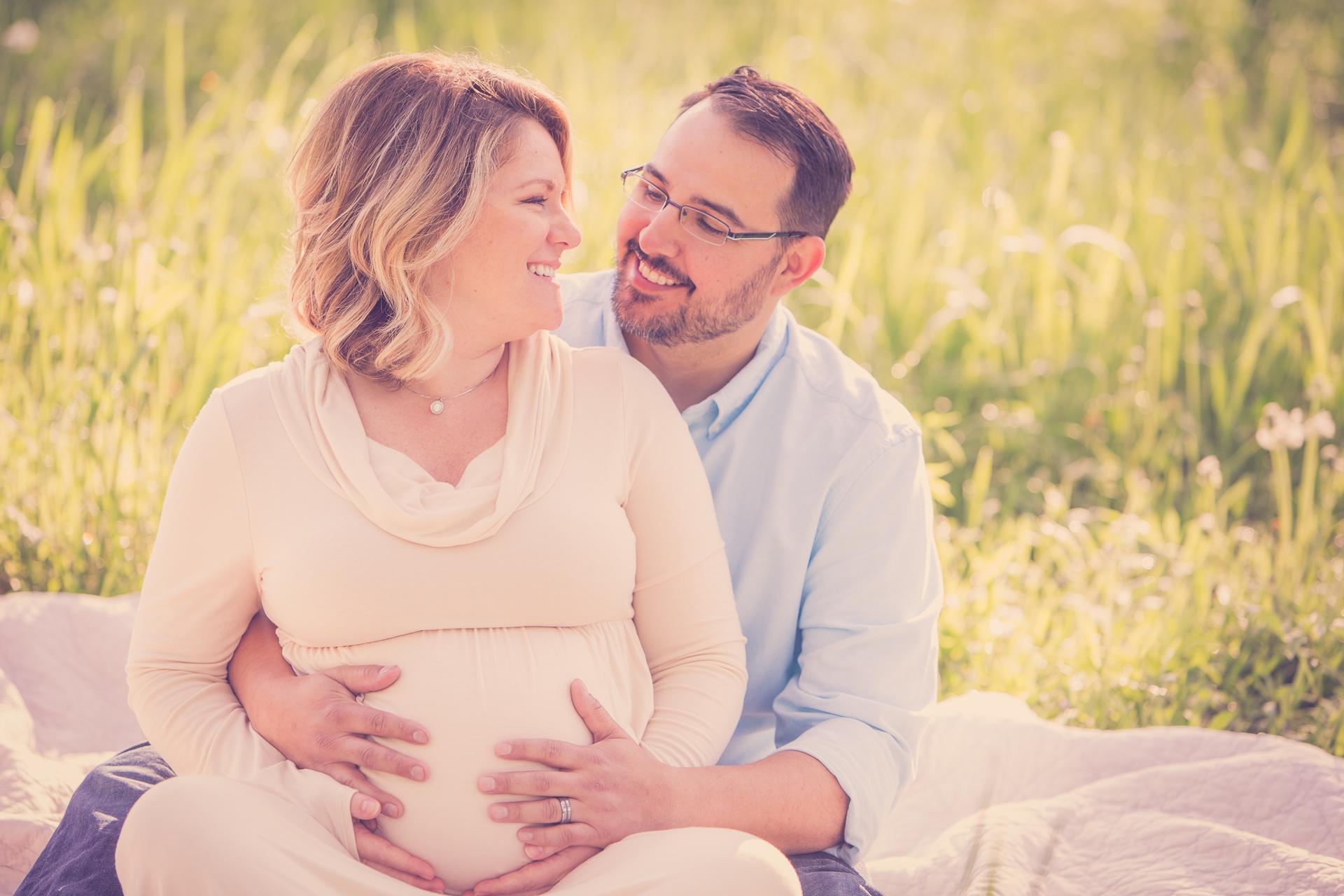 maternity-photographers-urbandale-28.jpg