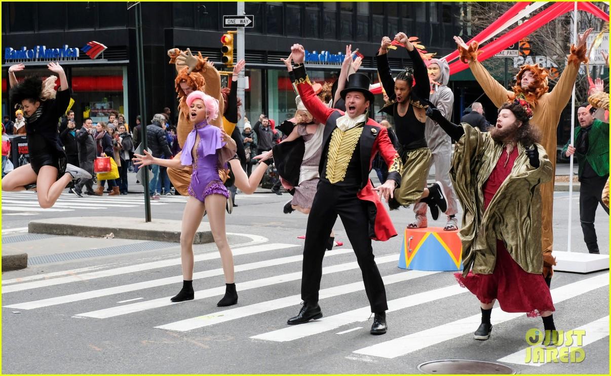 zac-efron-zendaya-and-hugh-jackman-join-james-corden-in-epic-crosswalk-musical-05.jpg
