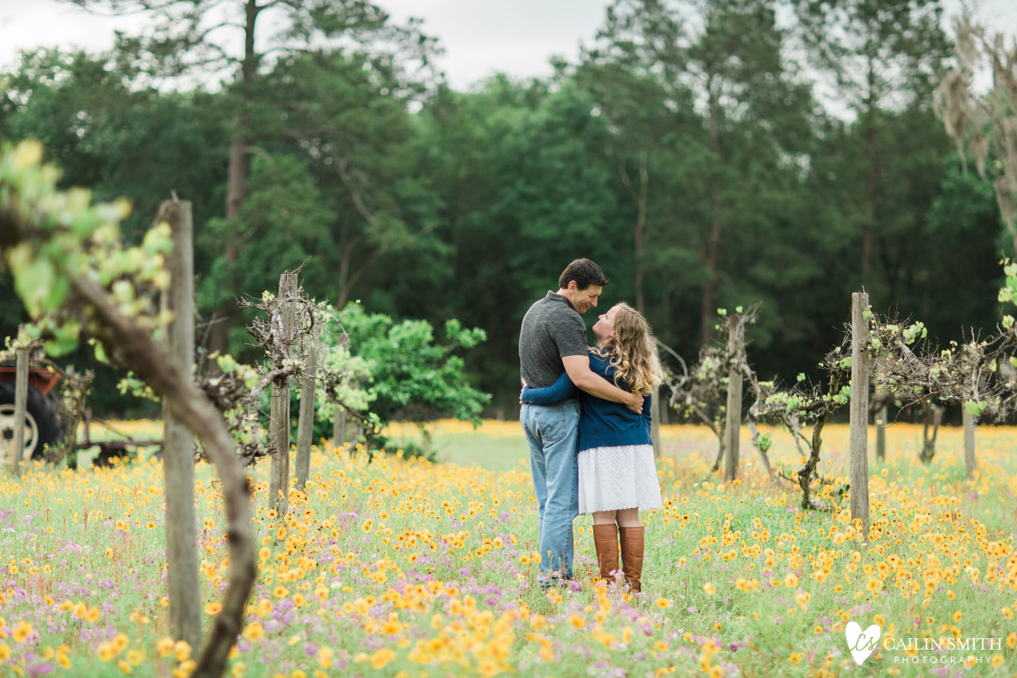 Christie_Nathan_Flower_Field_engagement_Photography_010.jpg