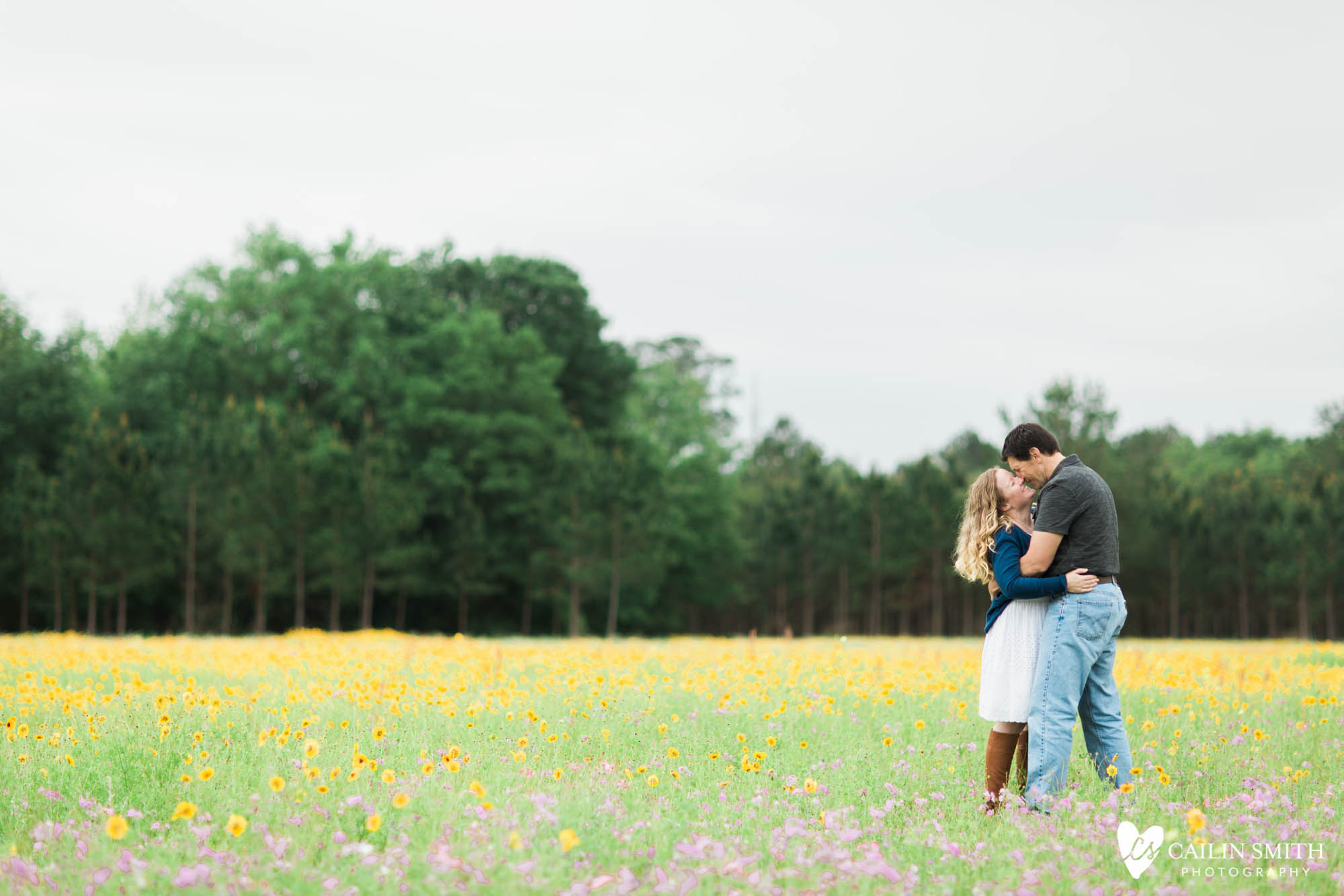 Christie_Nathan_Flower_Field_engagement_Photography_013.jpg