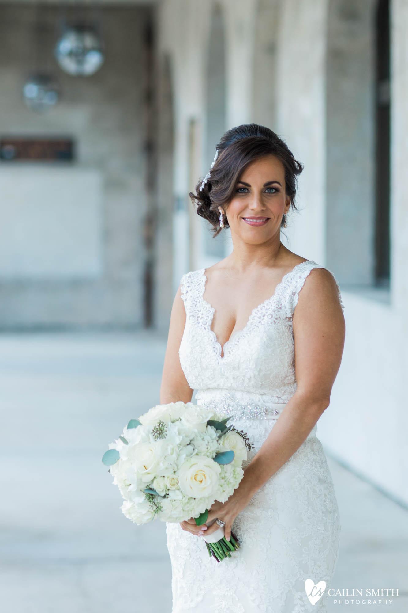 Kaitlyn_John_White_Room_St_Augustine_Wedding_025.jpg
