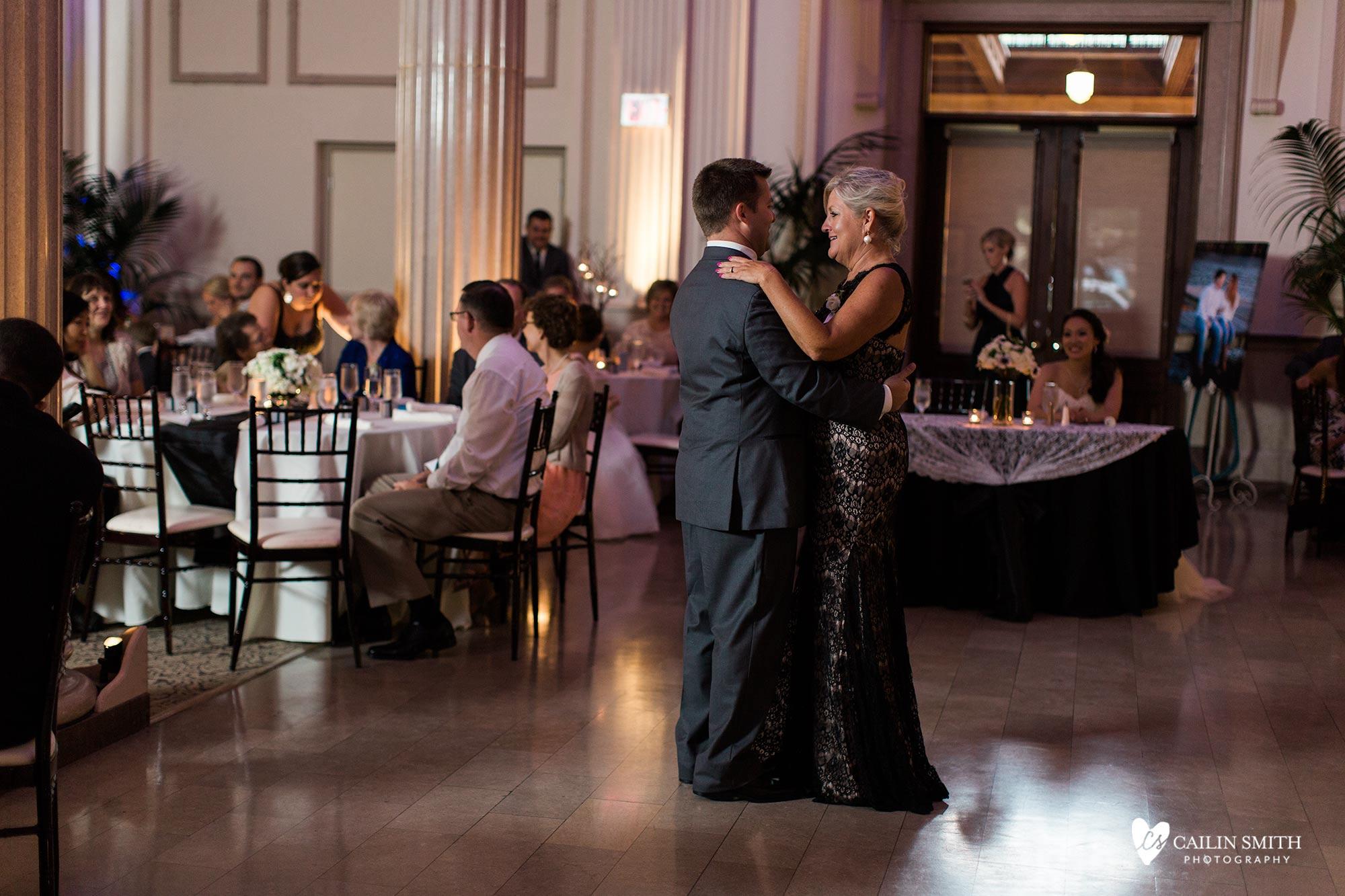 Jenifer_Dewey_Treasury_on_The_Plaza_Wedding_Photography_069.jpg