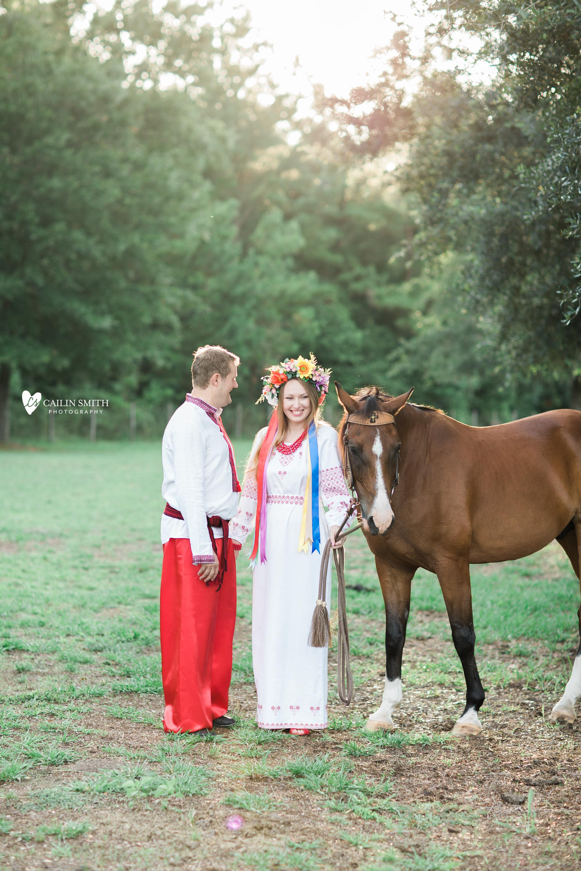 Tetiana_James_Horse_Engagement_Photography_0008.jpg