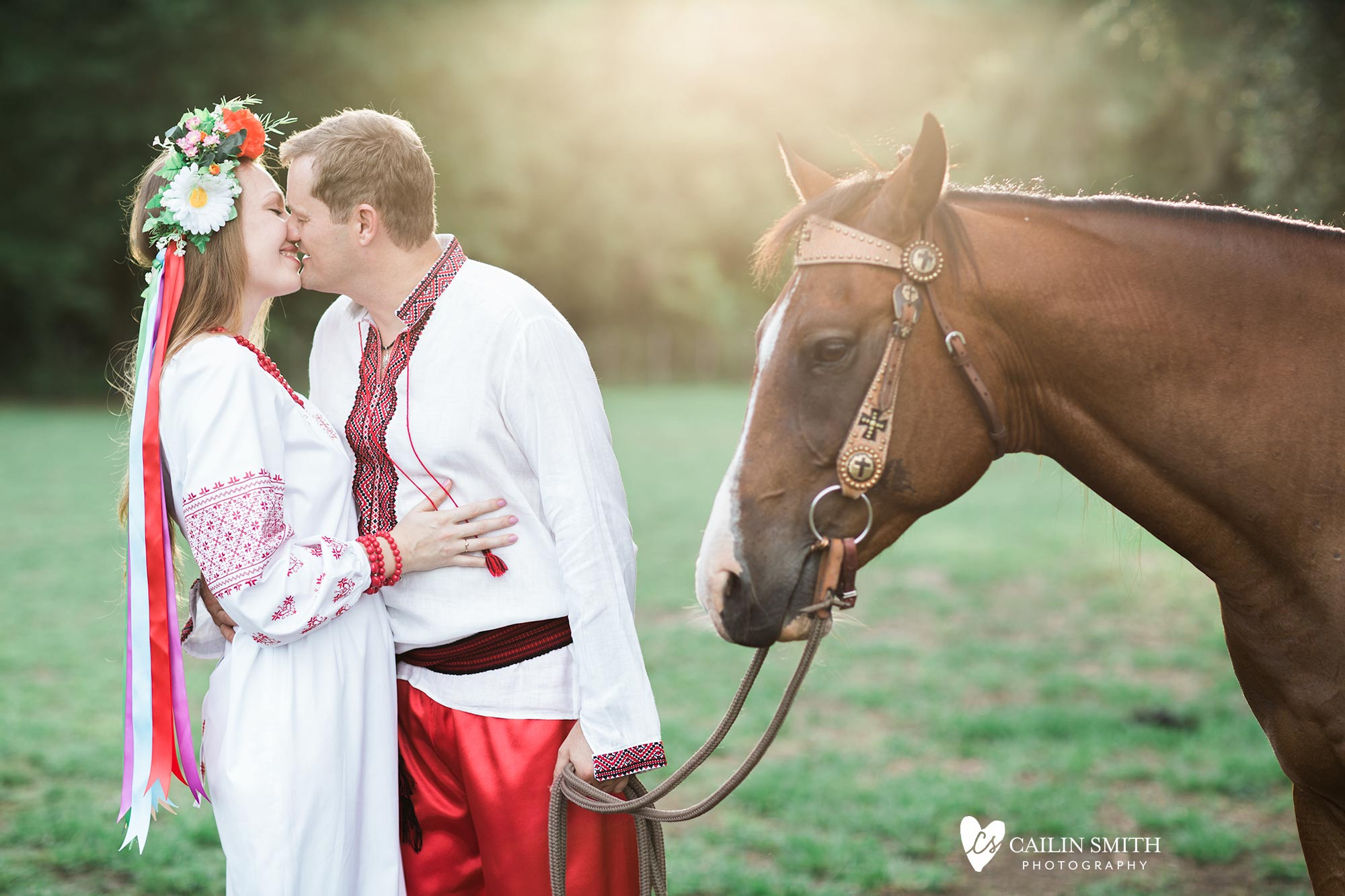 Tetiana_James_Horse_Engagement_Photography_0011.jpg