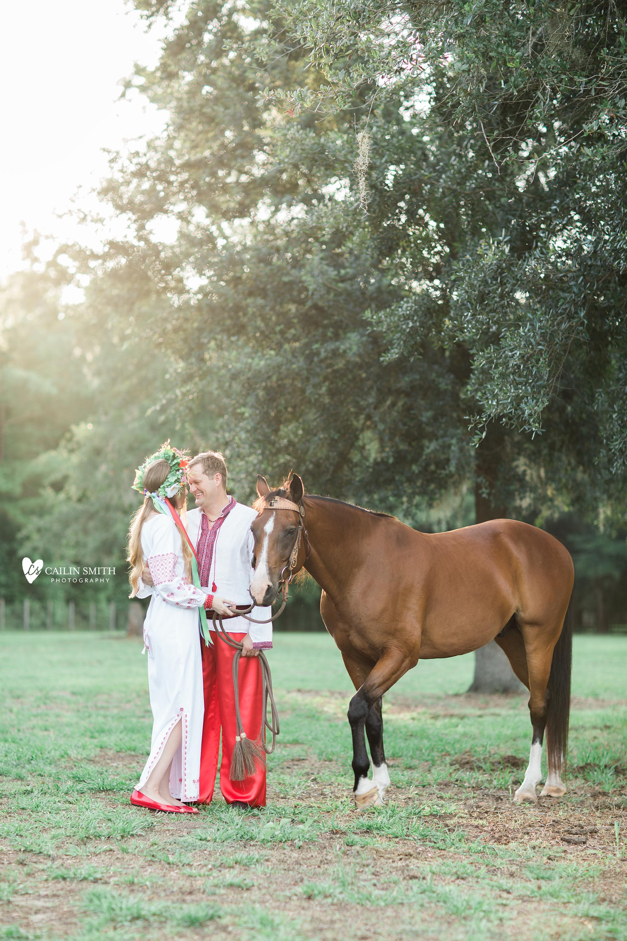 Tetiana_James_Horse_Engagement_Photography_0010.jpg