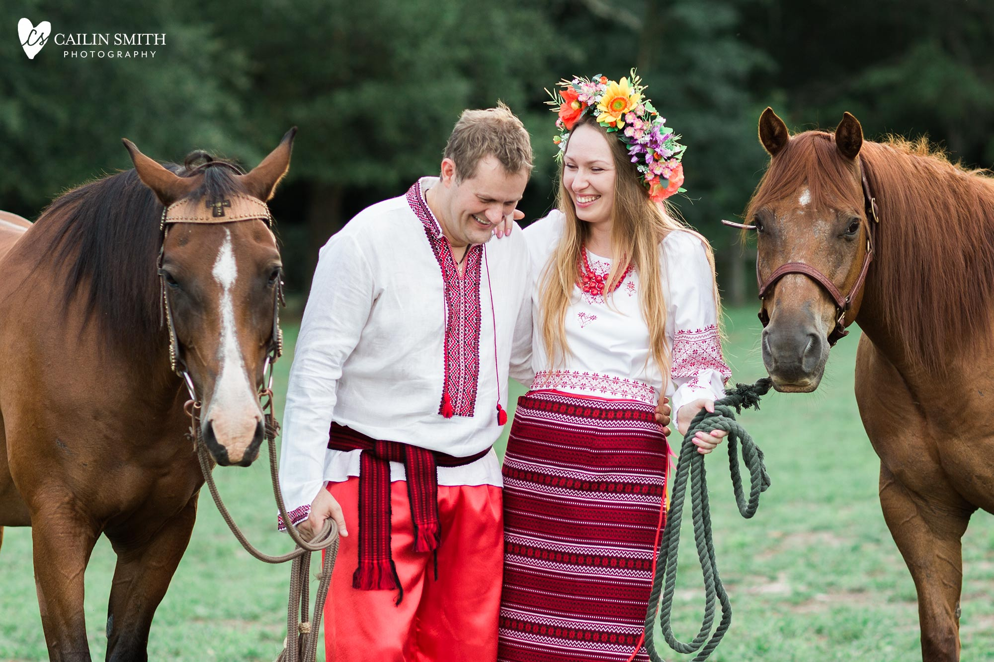 Tetiana_James_Horse_Engagement_Photography_0017.jpg