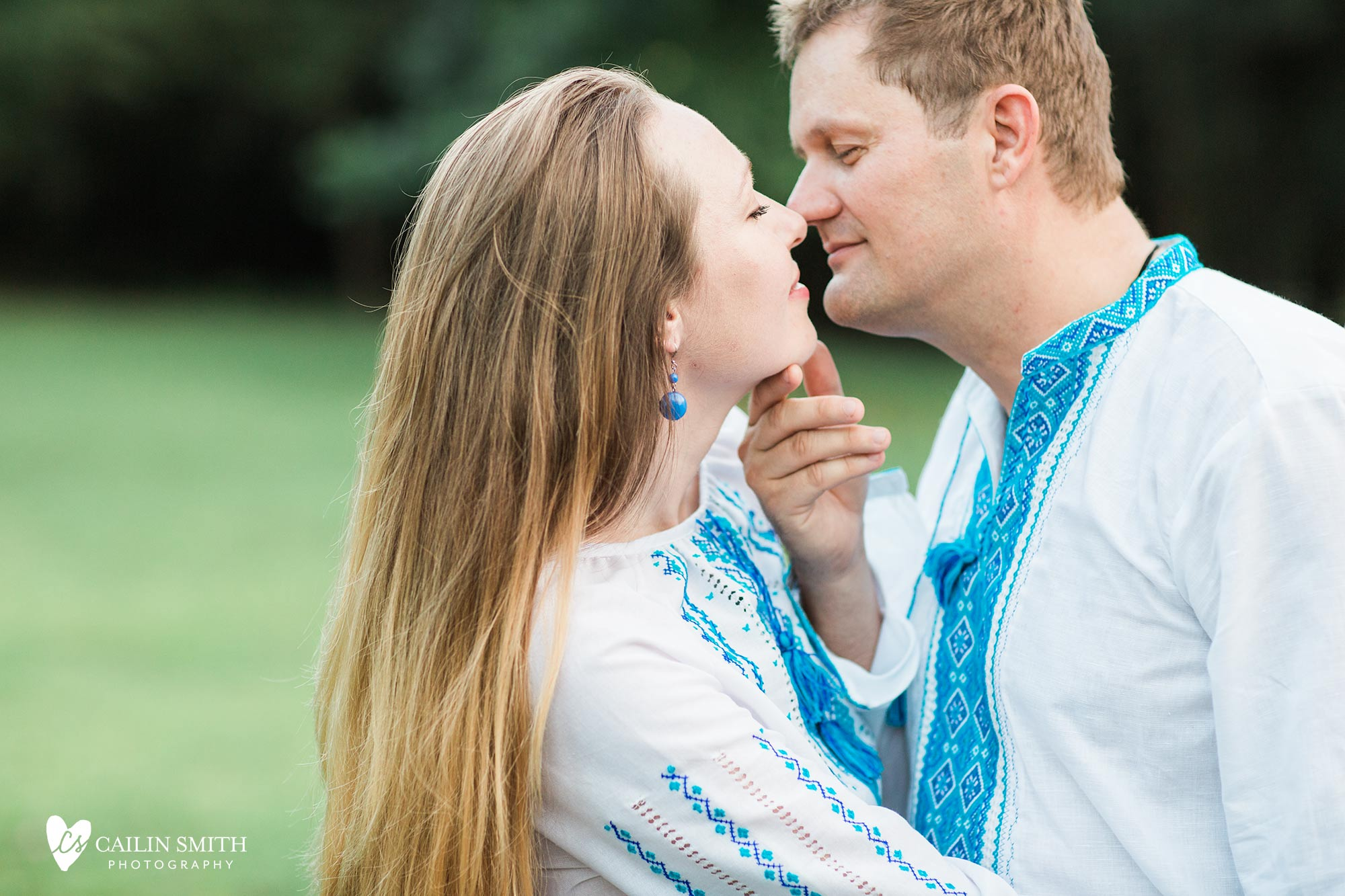 Tetiana_James_Horse_Engagement_Photography_0021.jpg