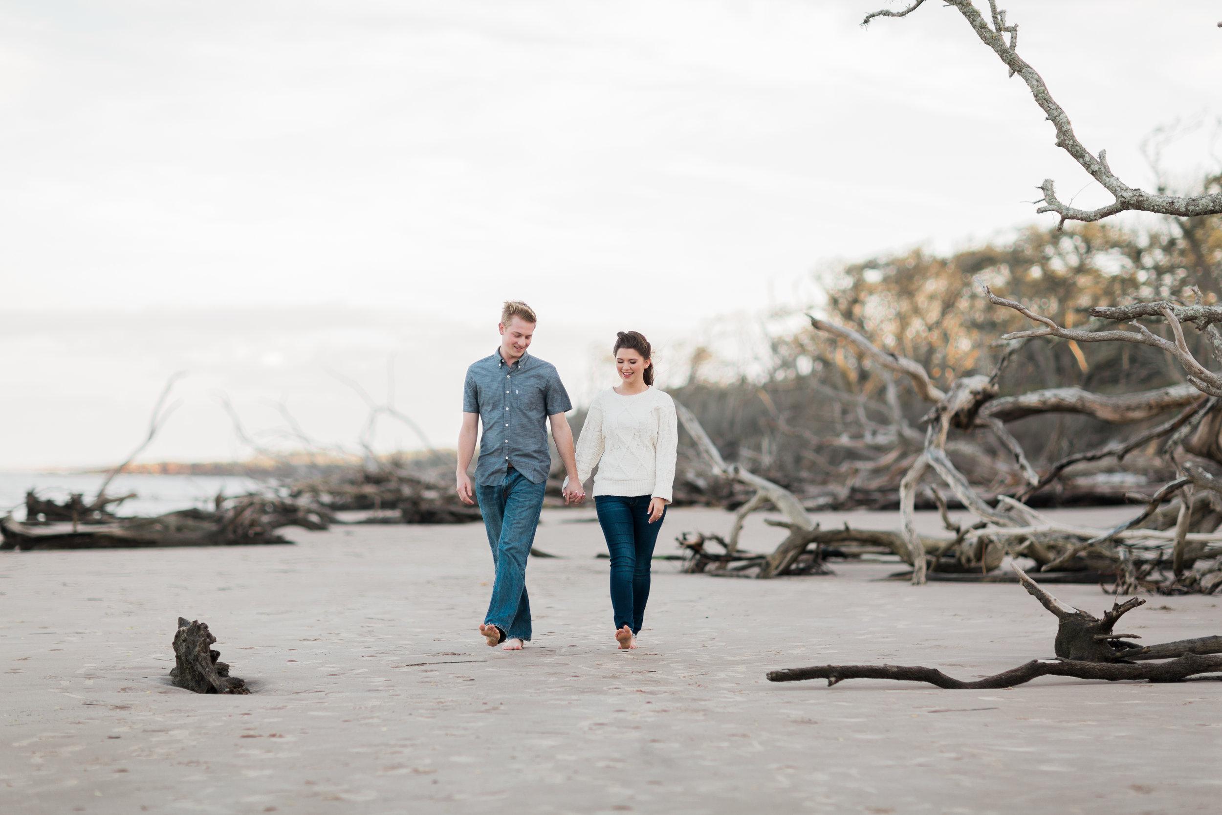 Cheyenne_Hogan_Talbot_Island_Driftwood_Beach_Engagement_Photography__0002.jpg
