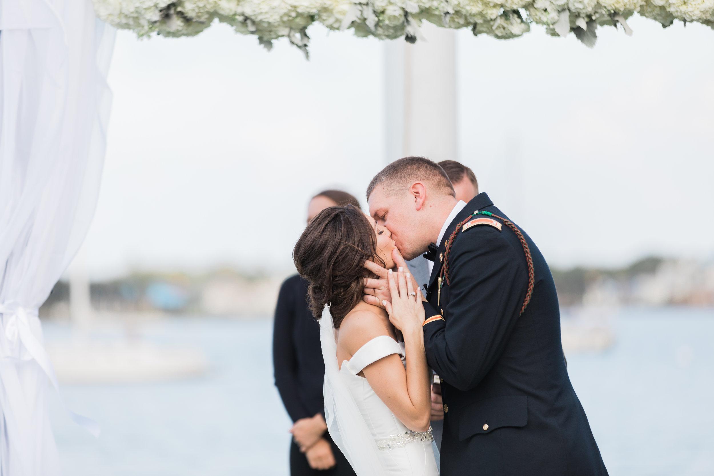 Taylor_TJ_St_Augustine_Treasury_on_the_Plaza_Wedding_Photography__0028_-28.jpg