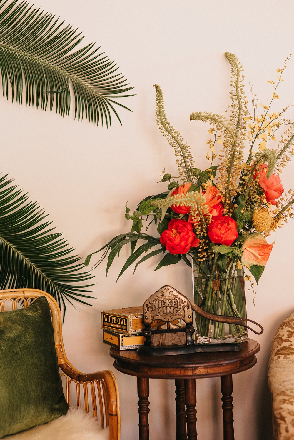 tropical-styled-shoot-seattle-floral-design01.jpg