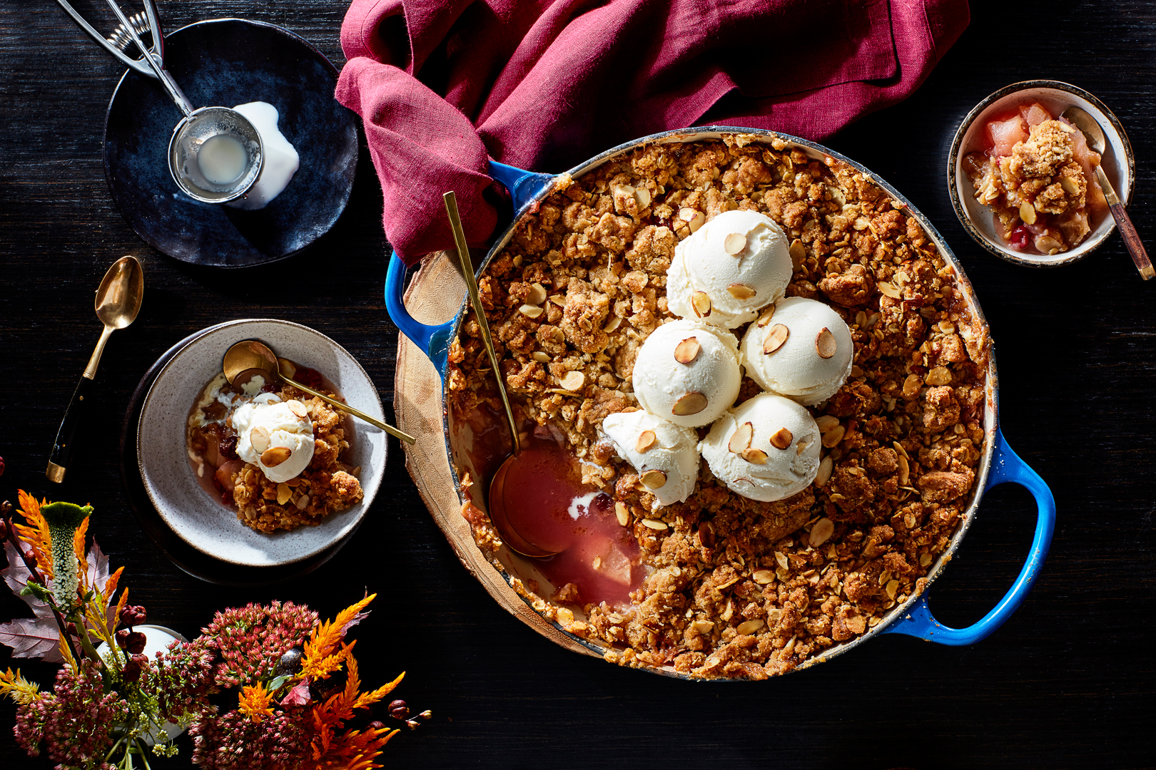 Apple-Cranberry-Crisp-with-Oatmeal-Cookie-Crumble-29092016-copy-1080.jpg