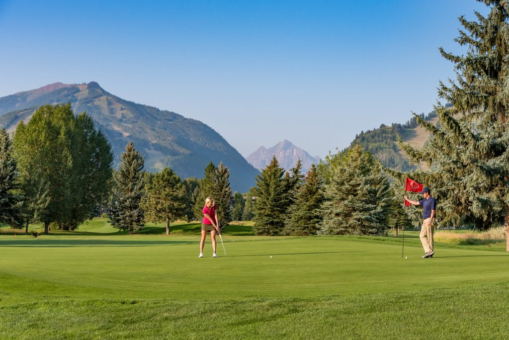 Aspen Municipal Golf Course offers spectacular views