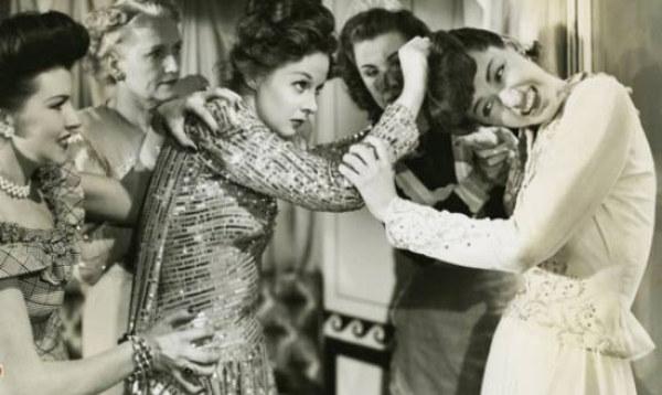 vintage-cat-fight-women-hair-pull.jpg