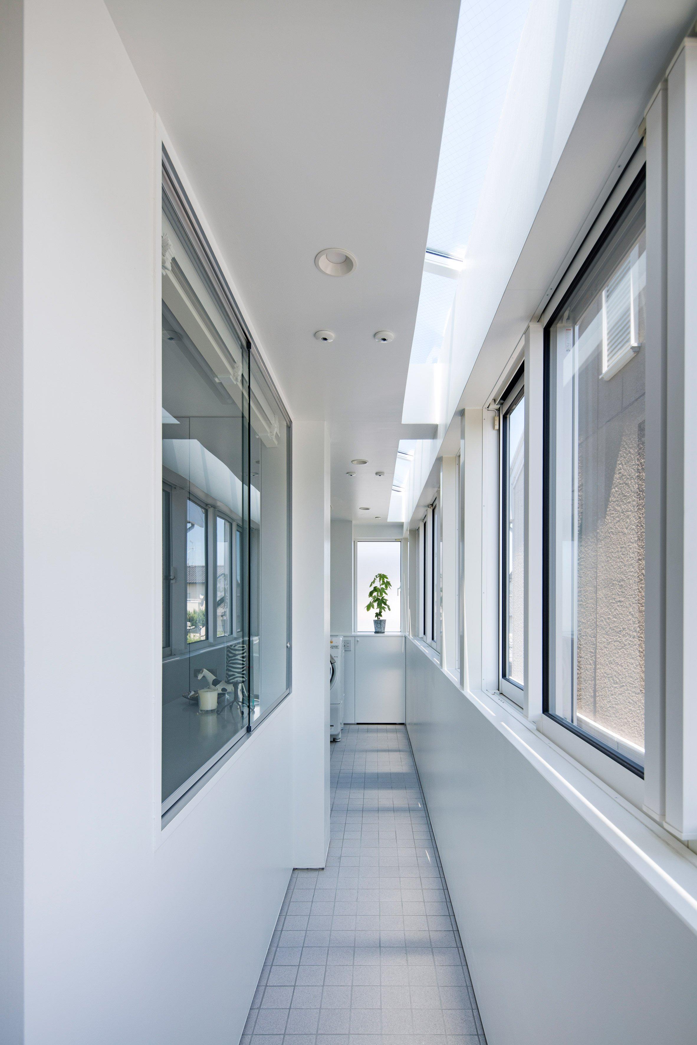 shinbohon-house-k-yuichi-yoshida-associates-architecture-residential-japan-_dezeen_2364_col_7.jpg