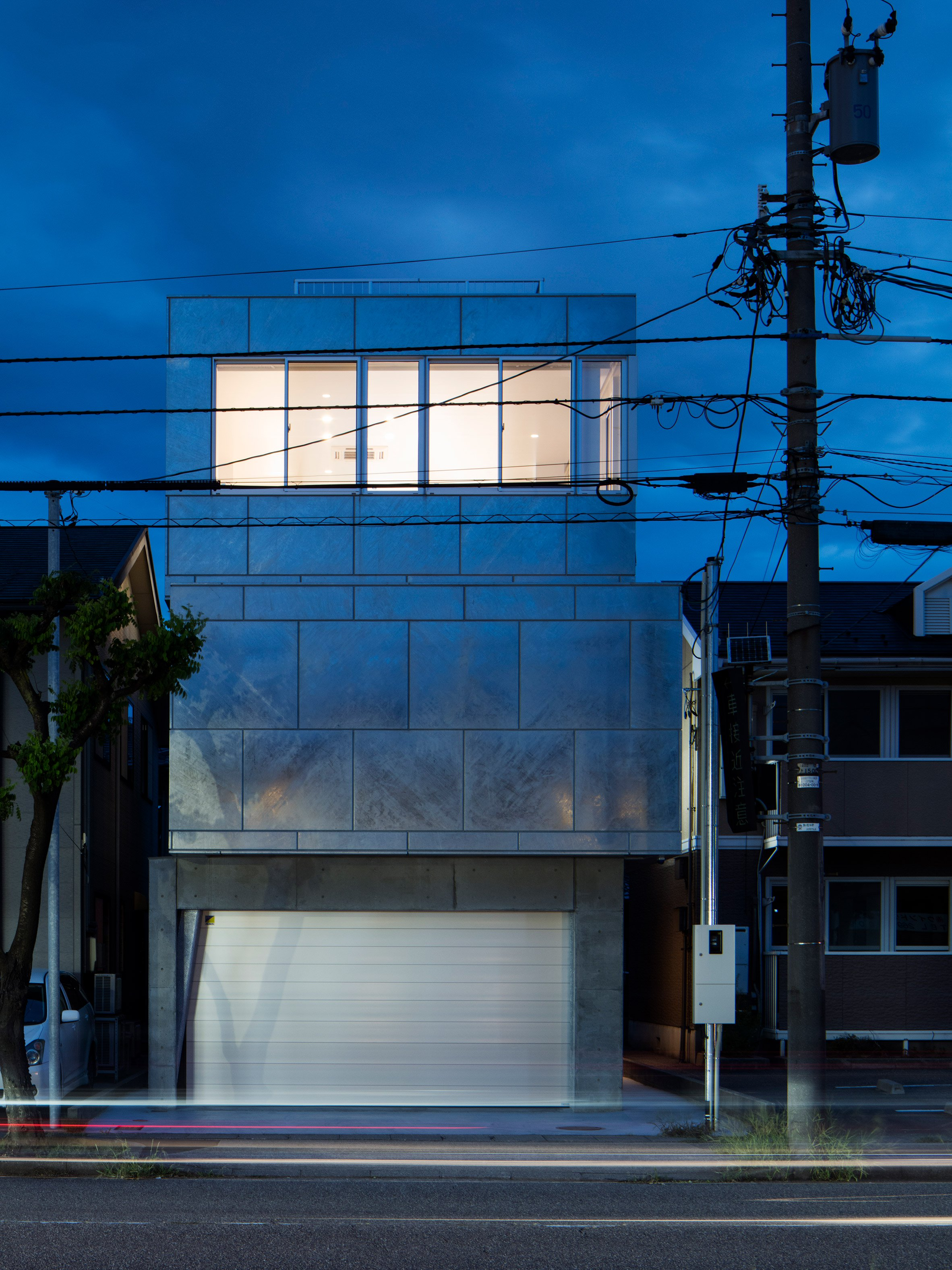 shinbohon-house-k-yuichi-yoshida-associates-architecture-residential-japan-_dezeen_2364_col_18.jpg