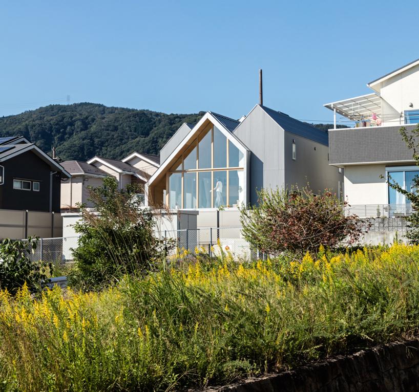 hiroto-kawaguchi-newton-houses-kyoto-designboom-2.jpg
