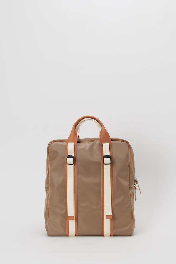 17_square-bag_beige-natural_front.jpg
