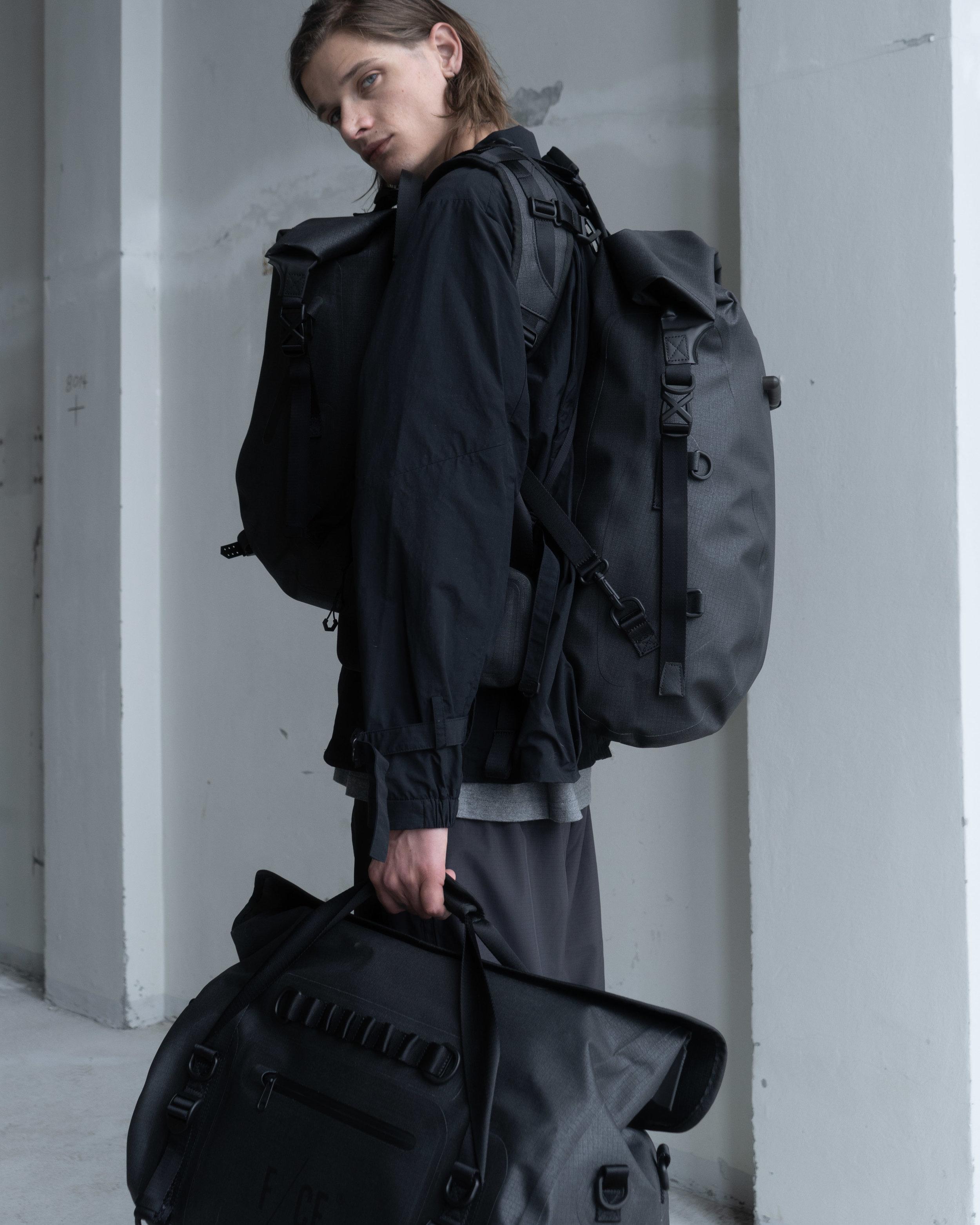 F/CE - N.M.B Hunting Jacket   F/CE - No Seam 3Way Duffle Bag   F/CE - No Seam Zip Lock Bag   F/CE - No Seam Rolltop   F/CE - Travel Sacoche   Patagonia - Baggies Light Shorts