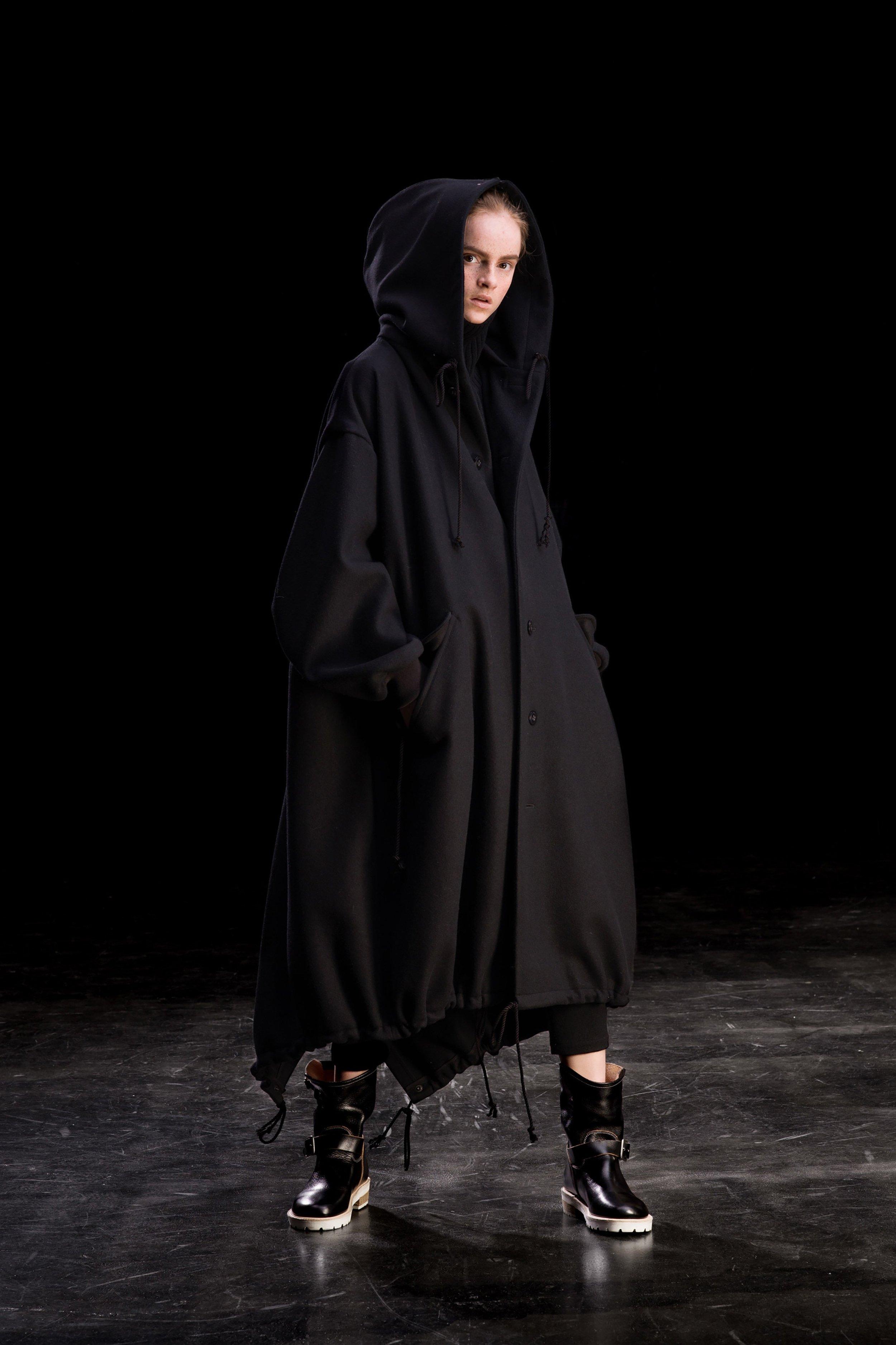 00032-Ys-Yohji-Yamamoto-FALL-19-Ready-To-Wear.jpg