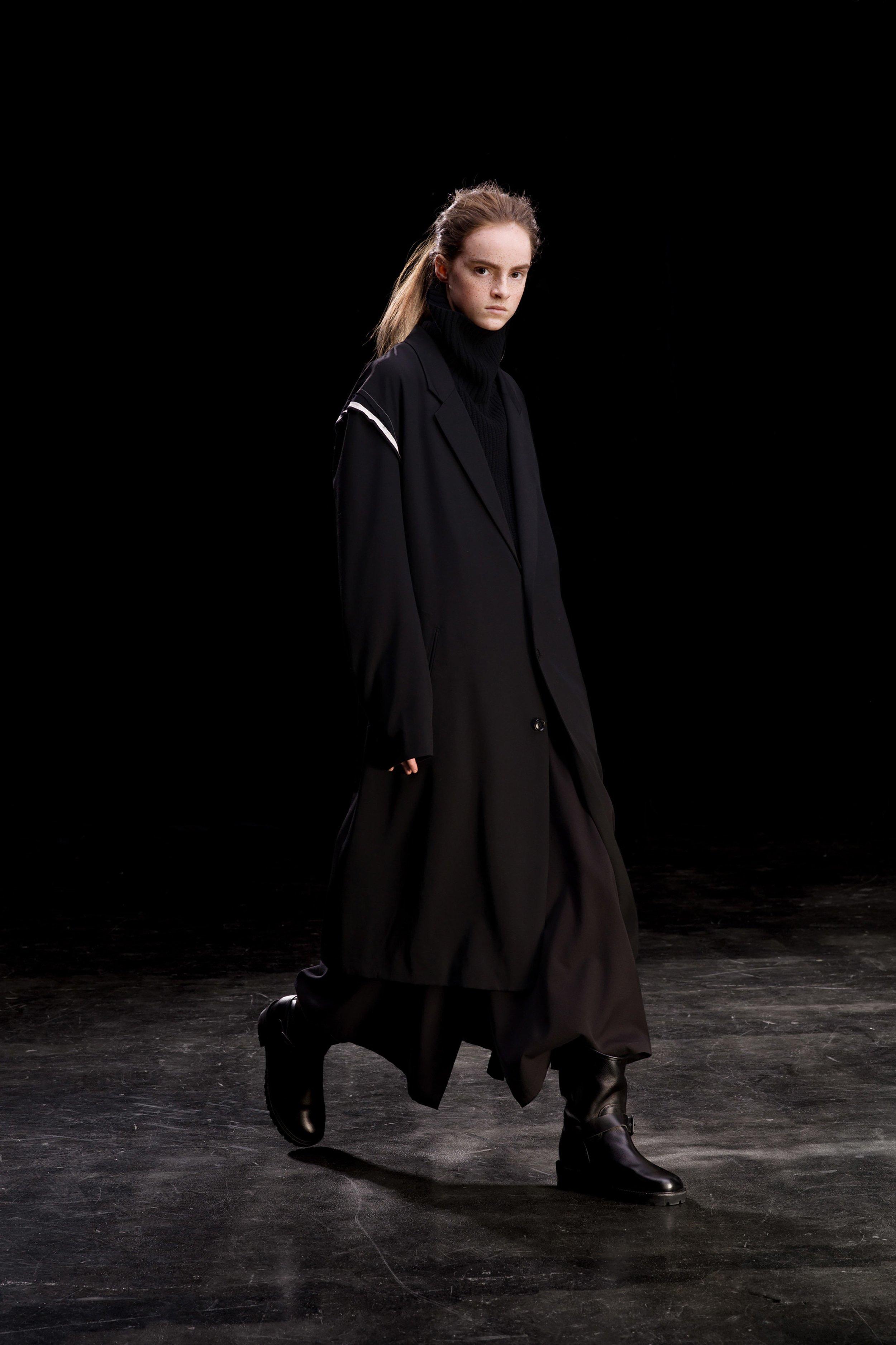 00005-Ys-Yohji-Yamamoto-FALL-19-Ready-To-Wear.jpg