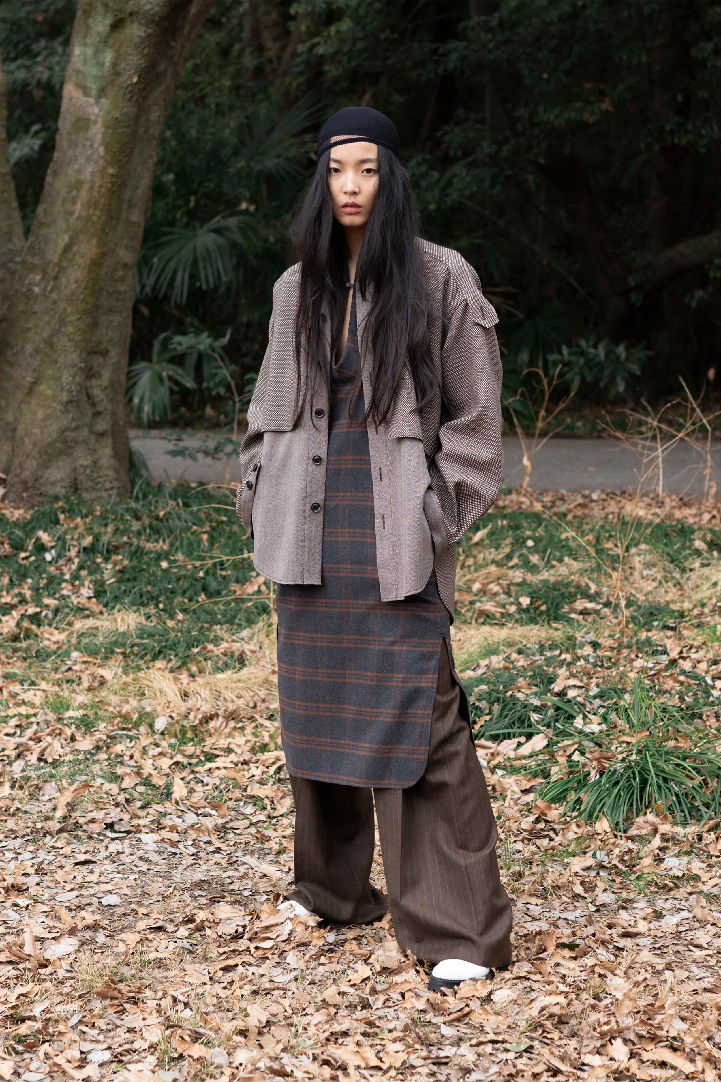 00054-Ys-Yohji-Yamamoto-FALL-19-Ready-To-Wear.jpg