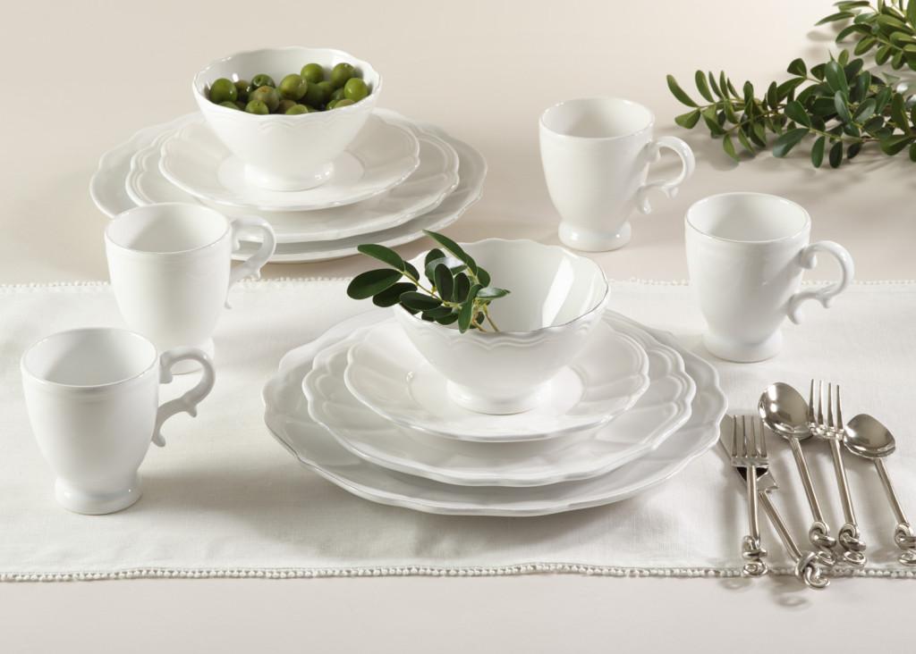 Jacqueline Dinnerware by Saro