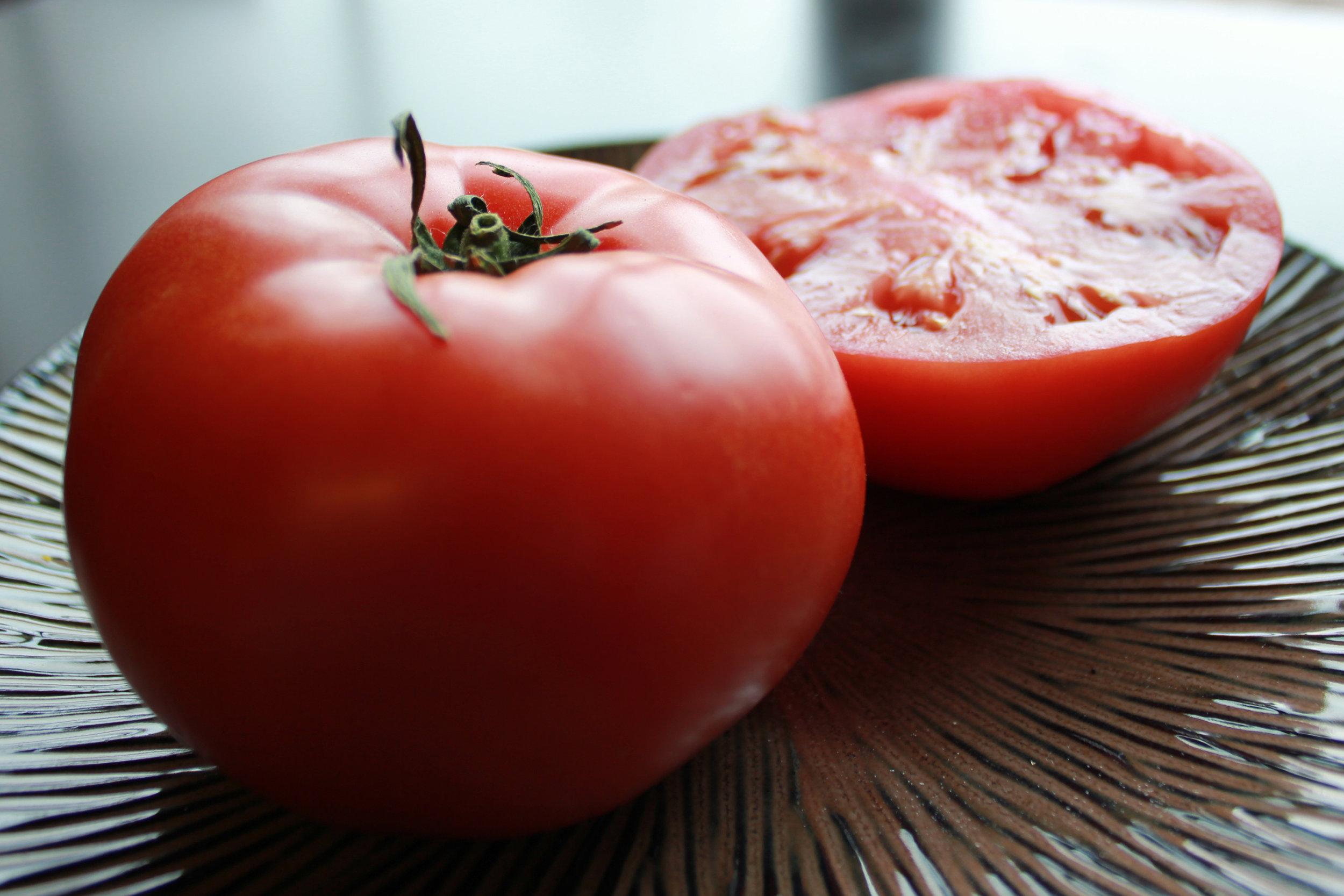 Tomato1-SXC.hu-user-amyability.jpg