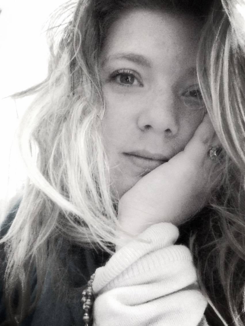 Eleonora Lupyan-headshot.jpg