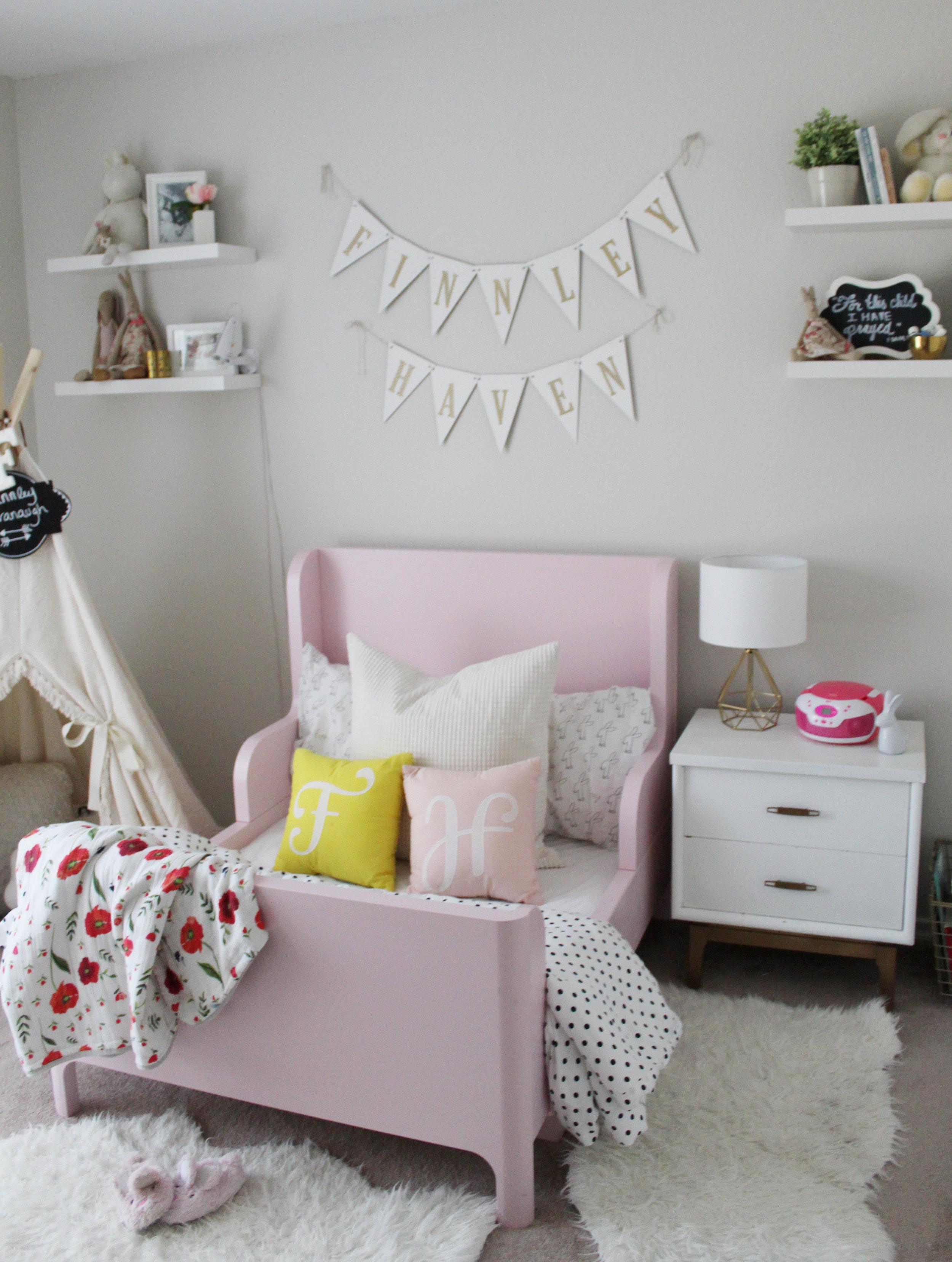 Cavie House Finn's Room 8.jpg