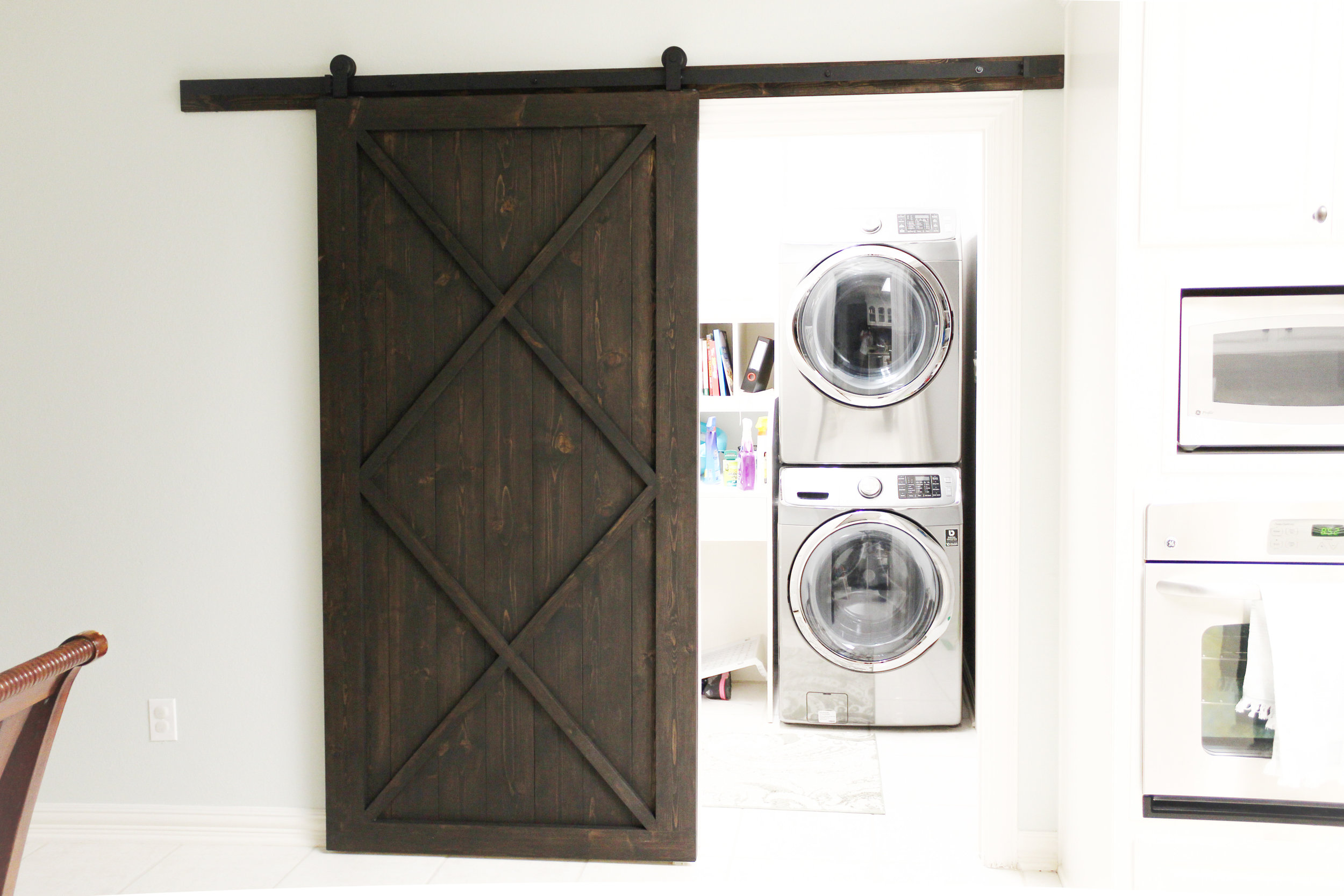 Modern Double X Barn Door With Border (Vertical Plank Back)