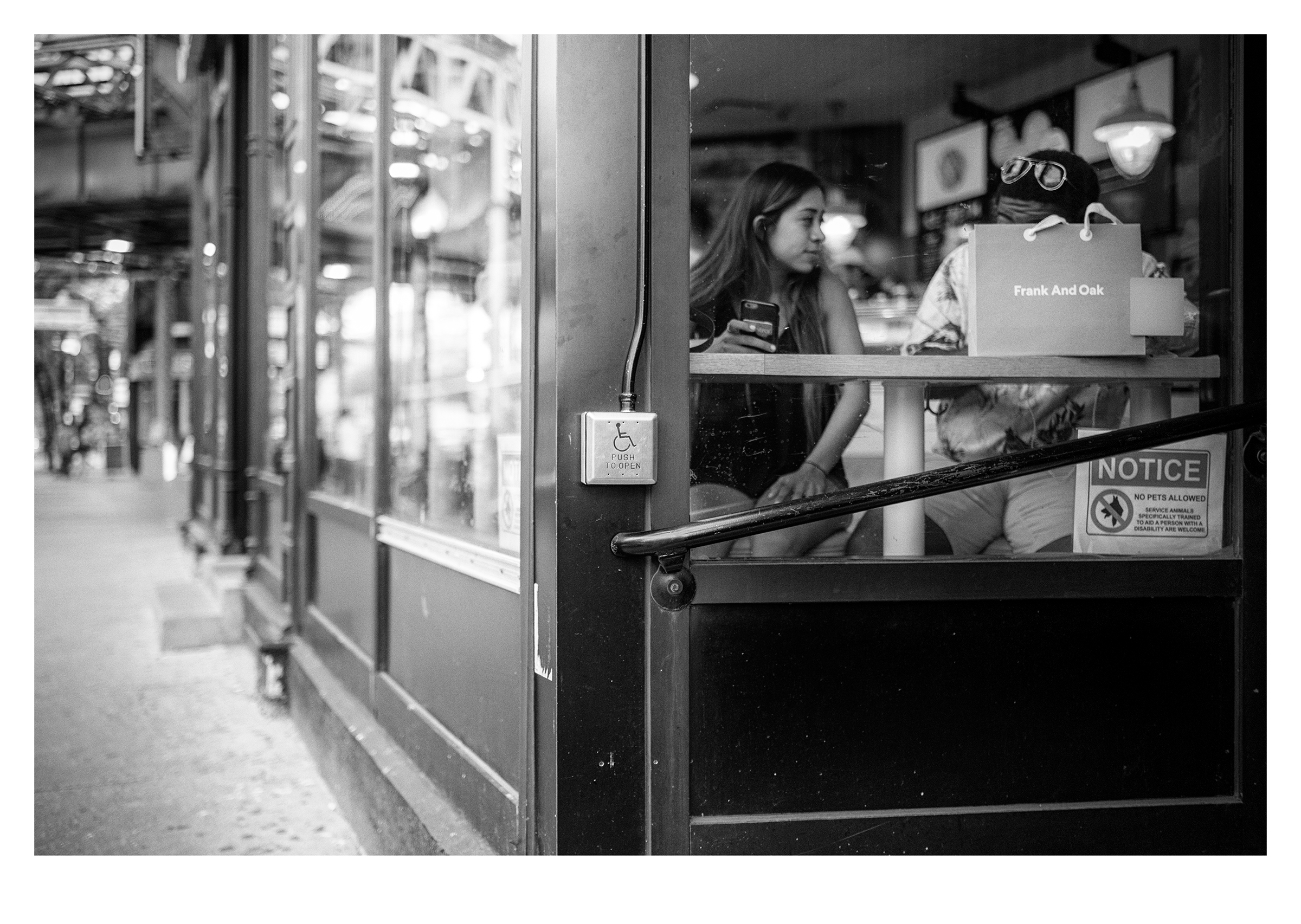 Couple at Stan's Donuts, Wicker Park, Chicago