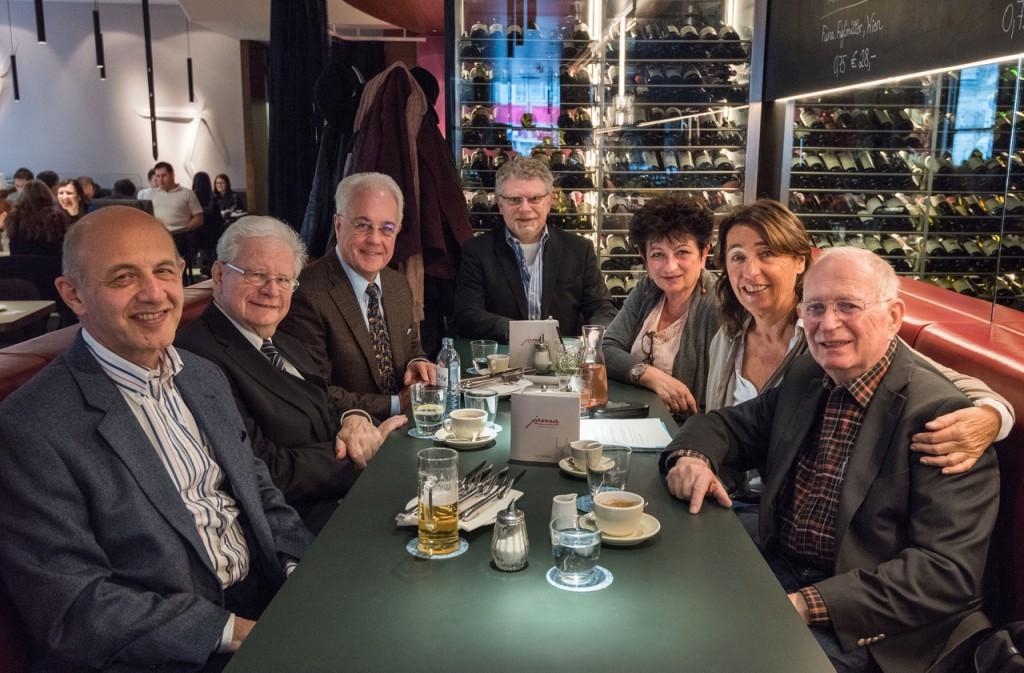 v.l.n.r: Georg Stern, Raoul Kneucker, Ronald Leopoldi, Roman Grinberg, Clarissa Lassar, Judith Weinmann-Stern, Timothy Smolka