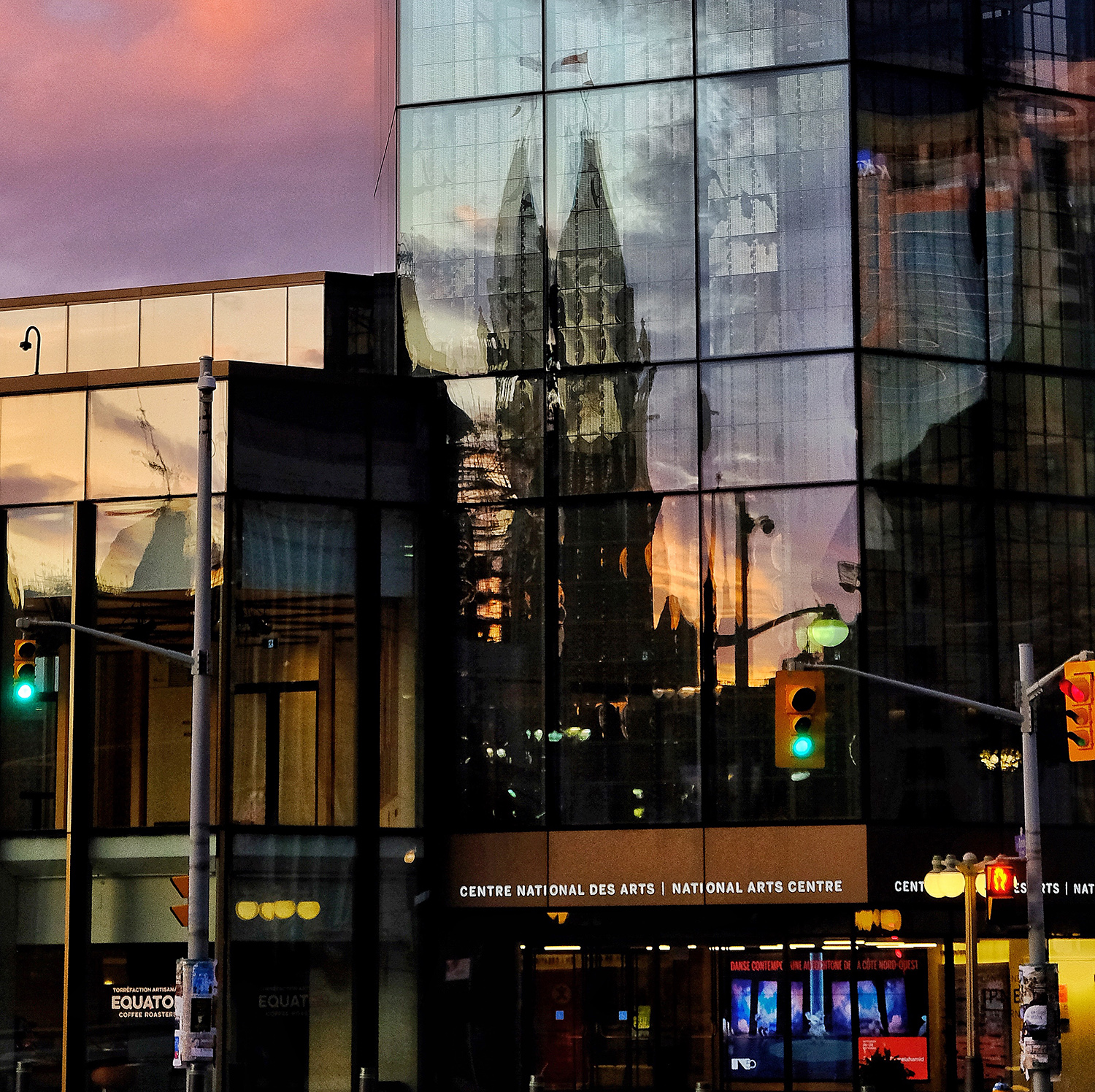 loveOttawa_NAC_reflectionweb.jpg