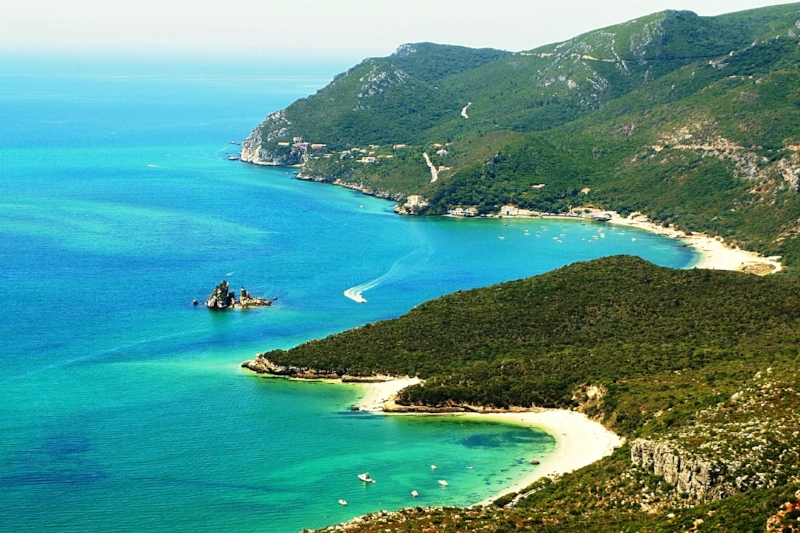 Portinho da Arrábida - Travel to one of the most beautiful bays in Portugal, and see its beautiful white sandy beach.Trips from 5 to 8 hoursMax 14 People